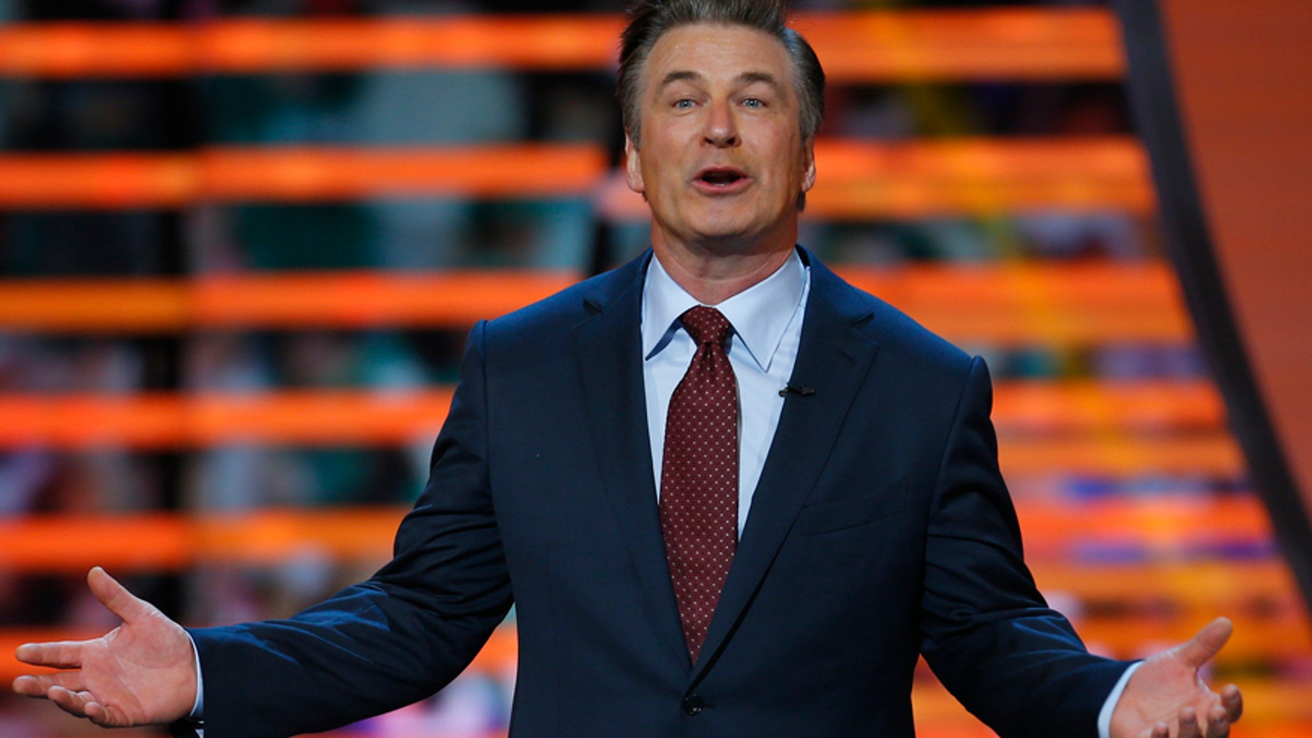 Host Alec Baldwin speaks during the NFL Honors award show in New Orleans, Louisiana February 2, 2013.   REUTERS/Jeff Haynes (UNITED STATES  - Tags: SPORT FOOTBALL ENTERTAINMENT)   - RTR3DABD