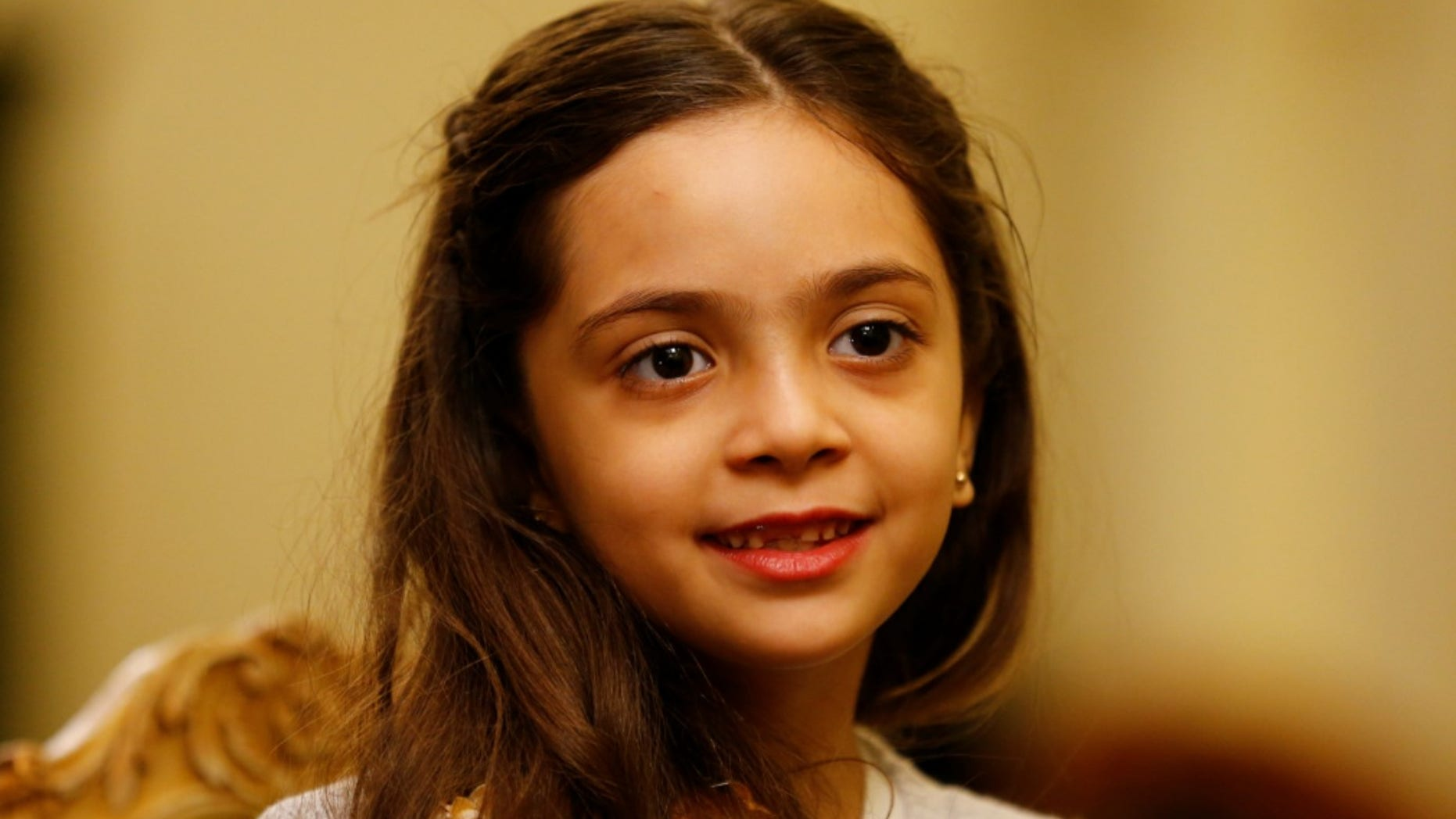 Bana Alabed, the young girl who became the face of the conflict in Aleppo on Twitter, wants newly elected French President Emmanuel Macron to help the children of the world.