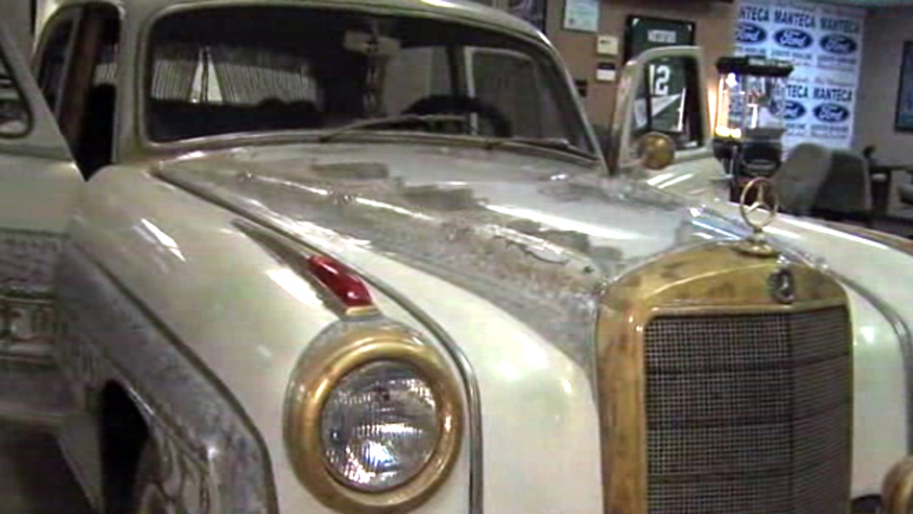 This 1959 Mercedes Benz once belonged to Muhammad Ali.