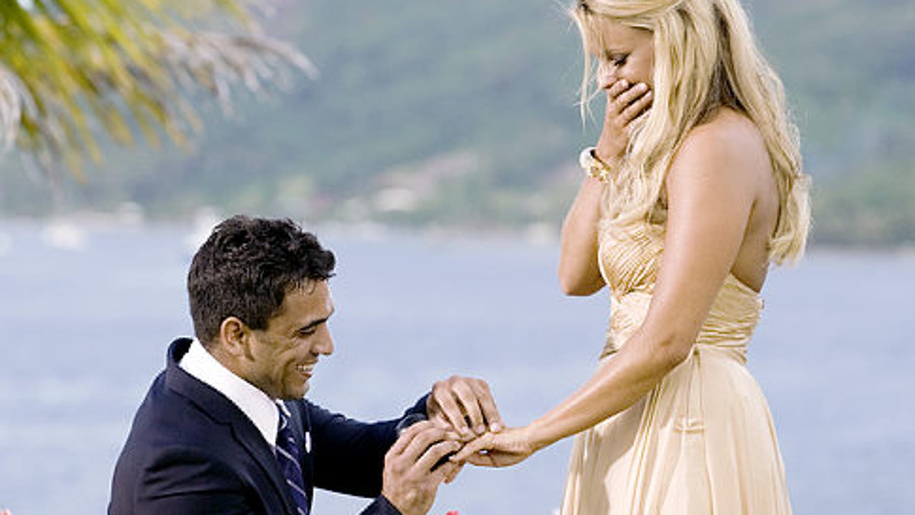 Aug. 2: Ali Fedotowsky, who risked everything for a second chance at love and began the search for her soul mate with 25 bachelors, has survived a dramatic, rocky road and has narrowed her search to two wonderful men, Chris L. and Roberto.