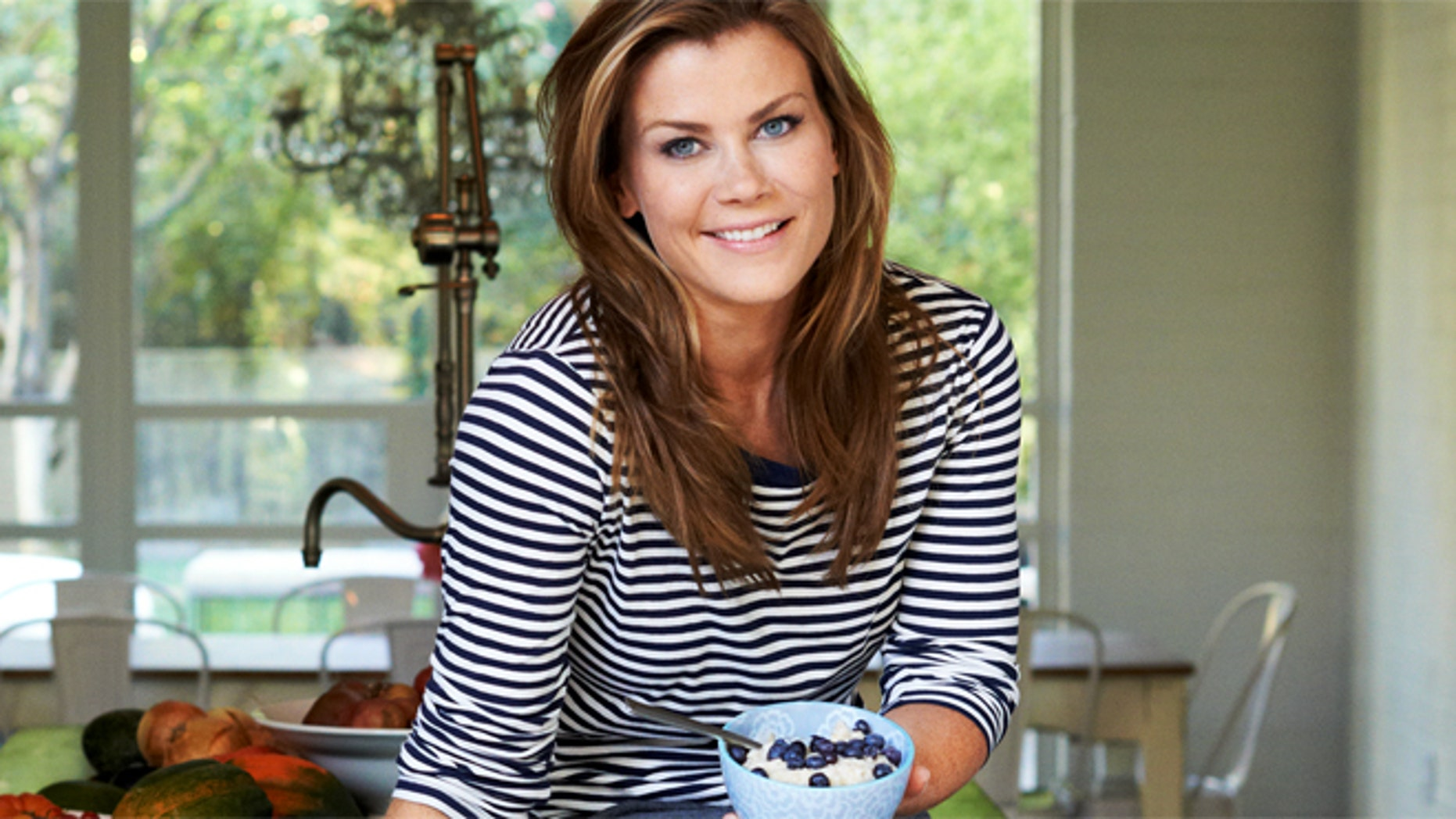 Adding vitamin C and fiber to your diet, blueberries have only 80 calories per cup making them a smart choice for weight management and heart health. They are also a top choice for Alison Sweeney, host of The Biggest Loser on NBC.