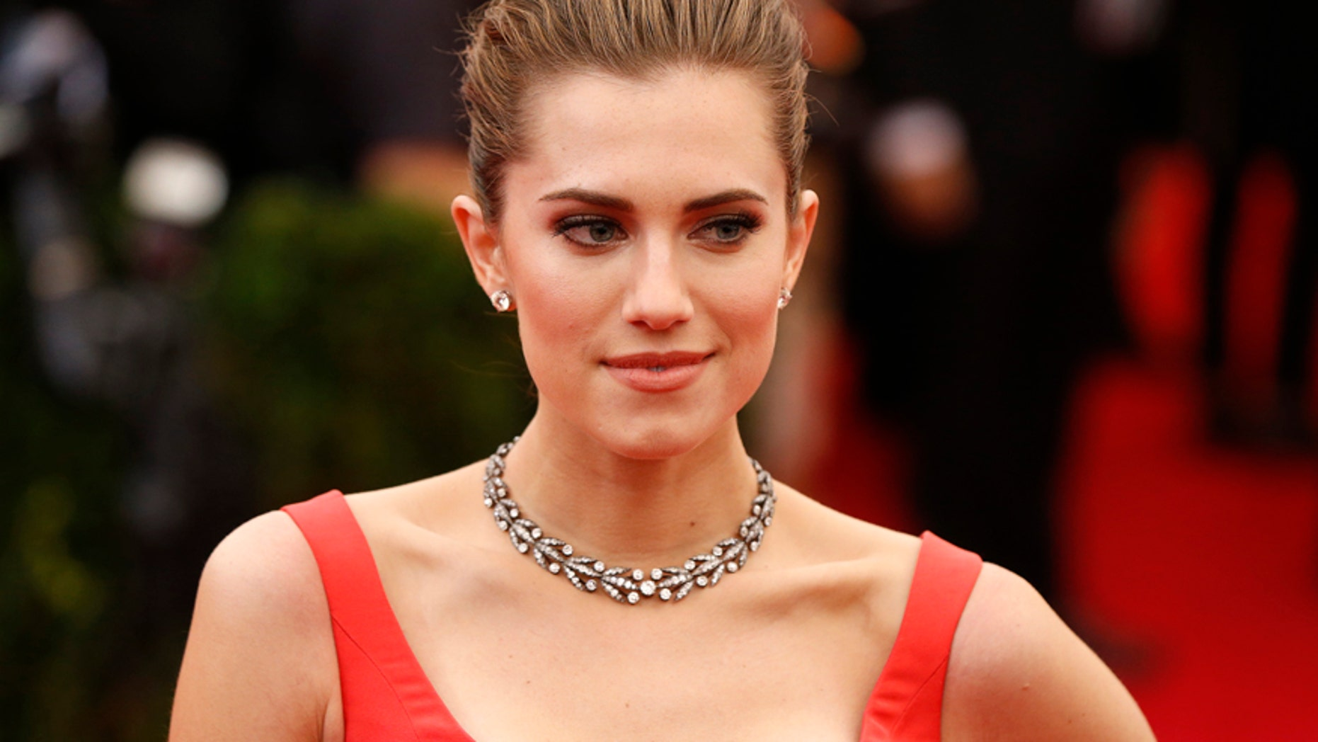 """Actress Allison Williams arrives at the Metropolitan Museum of Art Costume Institute Gala Benefit celebrating the opening of """"Charles James: Beyond Fashion"""" in Upper Manhattan, New York, May 5, 2014."""