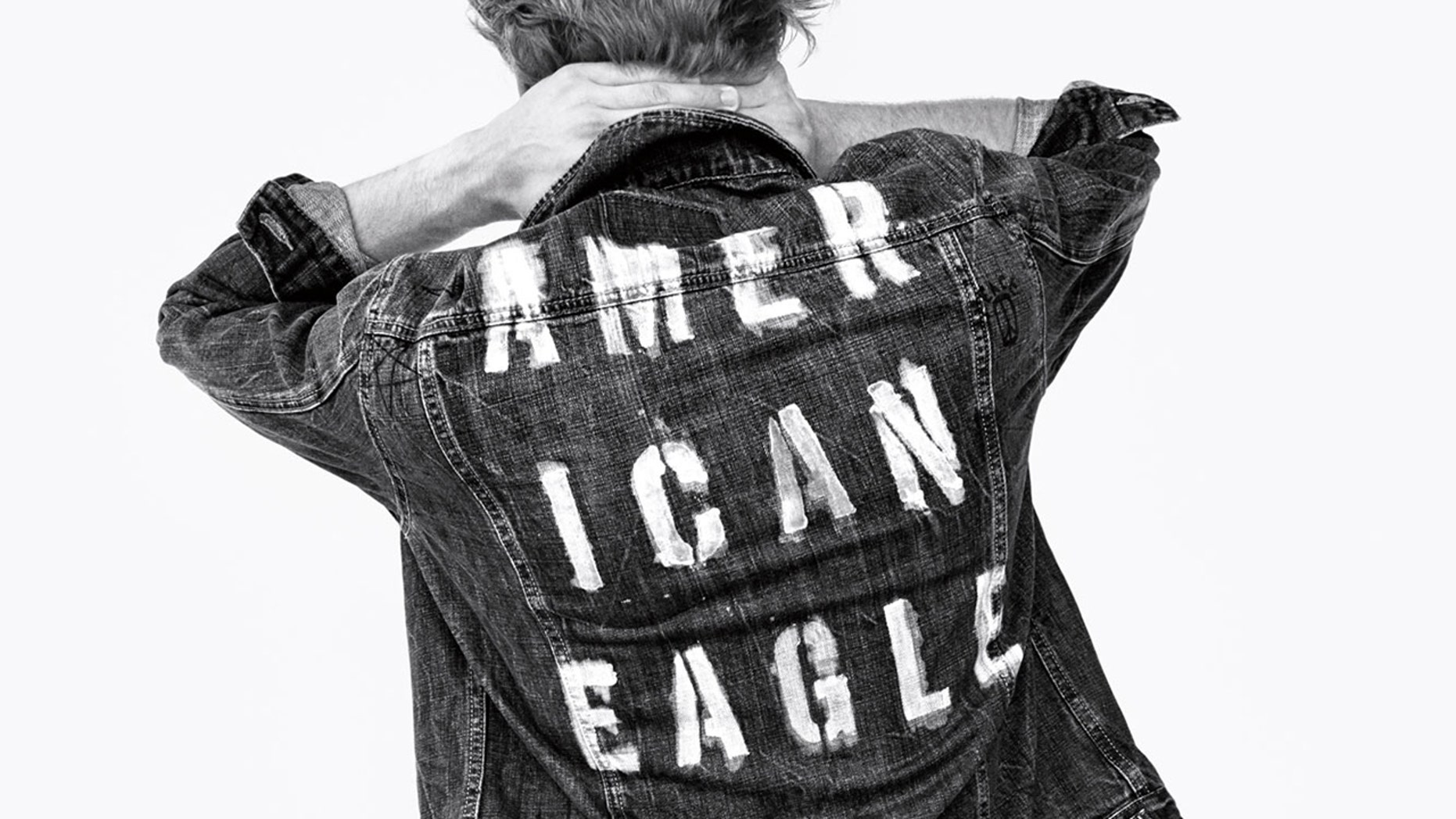 American Eagle apologized for offending New Yorkers with its collection of shirts.