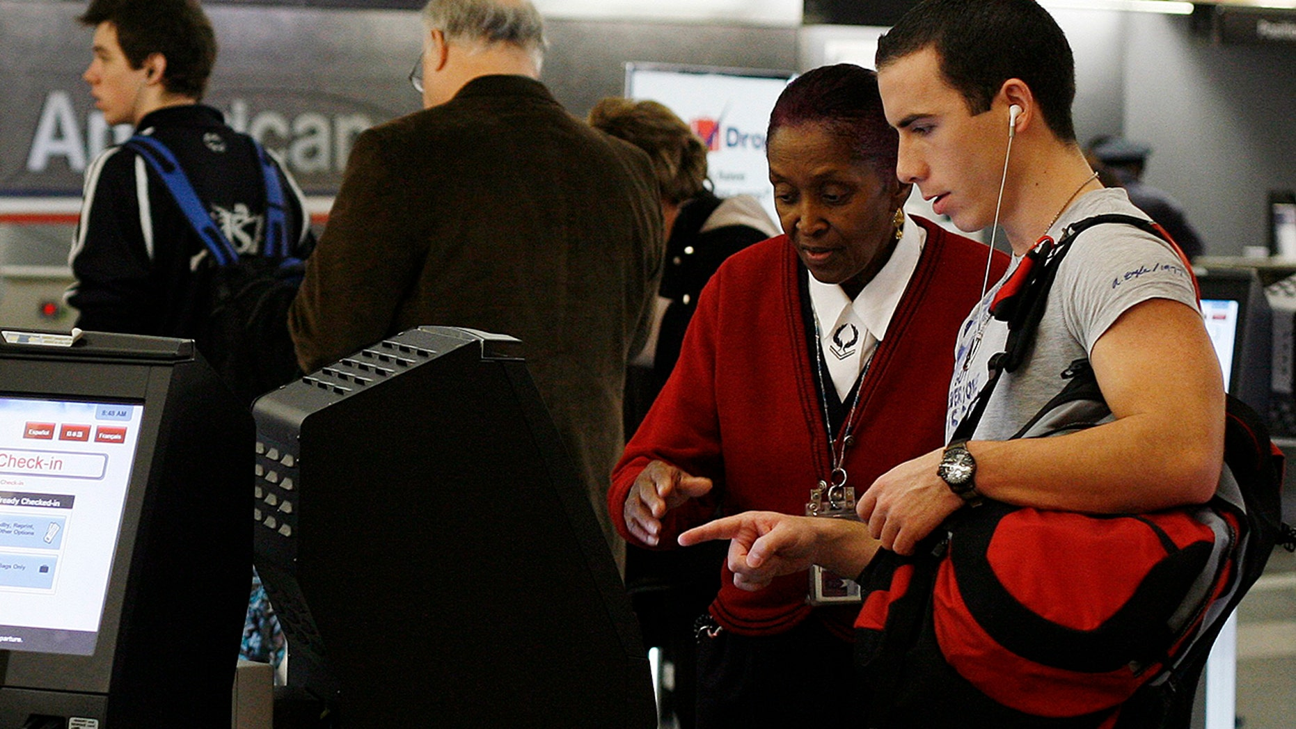 American Airlines is converting to a cashless system at Miami International Airport and at least 50 others locations.
