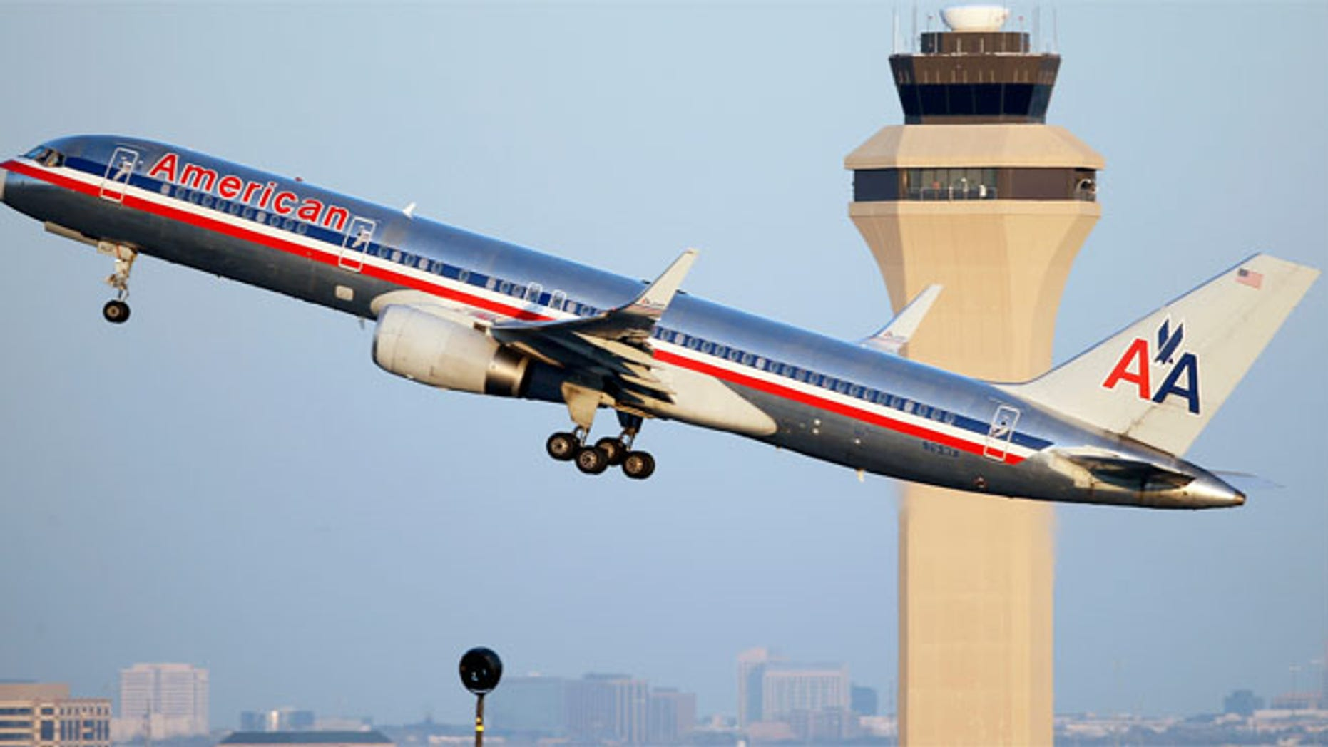 American admitted it sent the wrong plane from LAX to Hawaii.