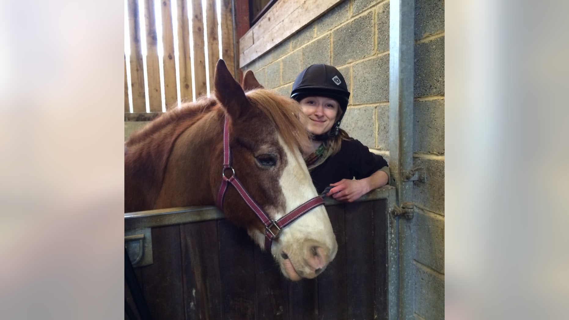 University of Sussex researcher Amy Smith with one of the horses from the study. (University of Sussex)