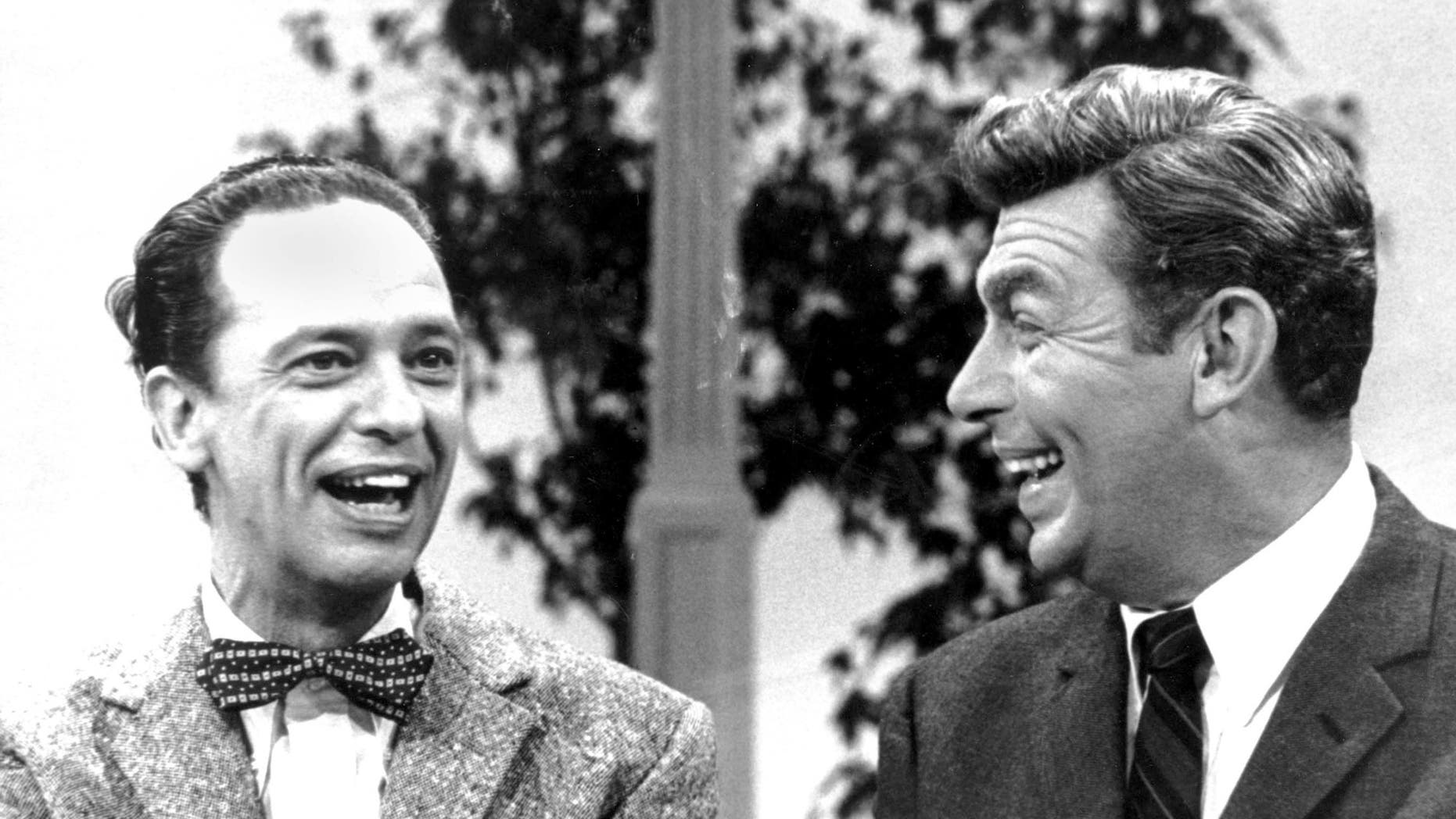 don knotts left and andy griffith - Andy Griffith Show Christmas Story