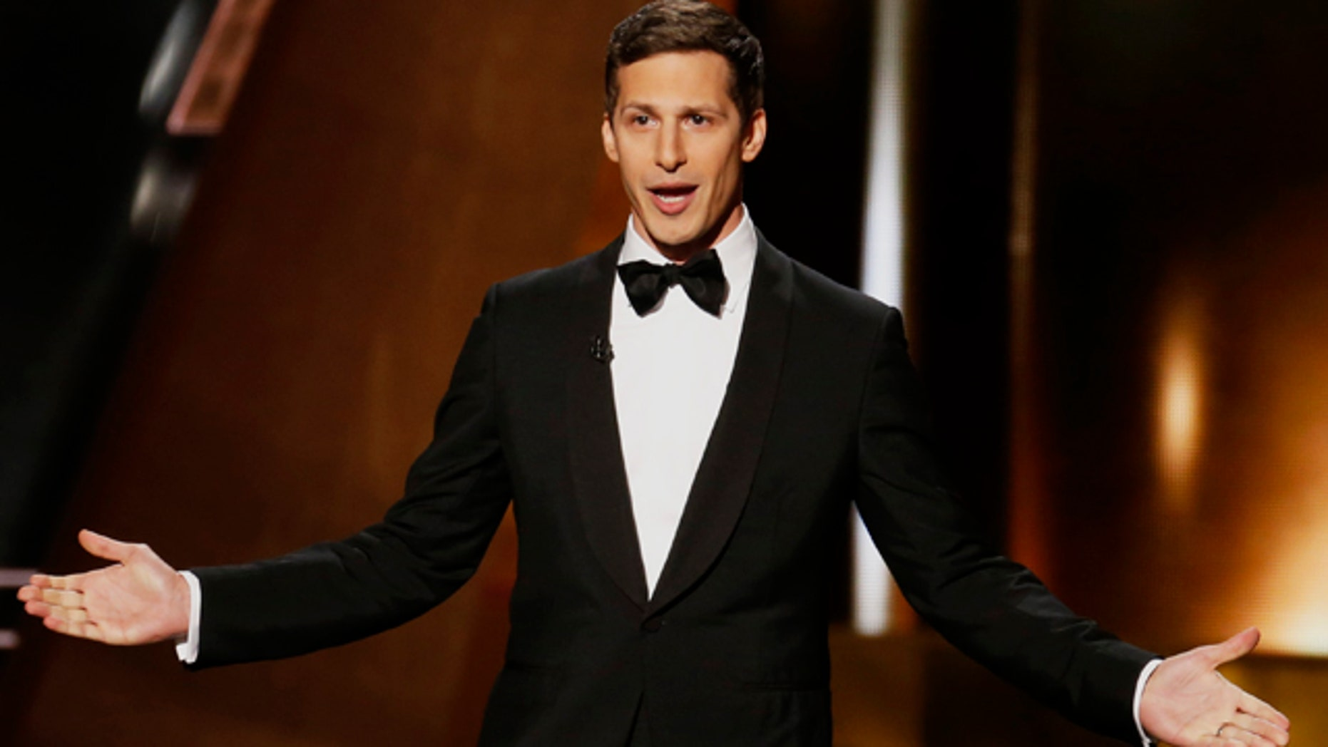 Host Andy Samberg takes the stage at the 67th Primetime Emmy Awards in Los Angeles, California September 20, 2015.  REUTERS/Lucy Nicholson - RTS22I6