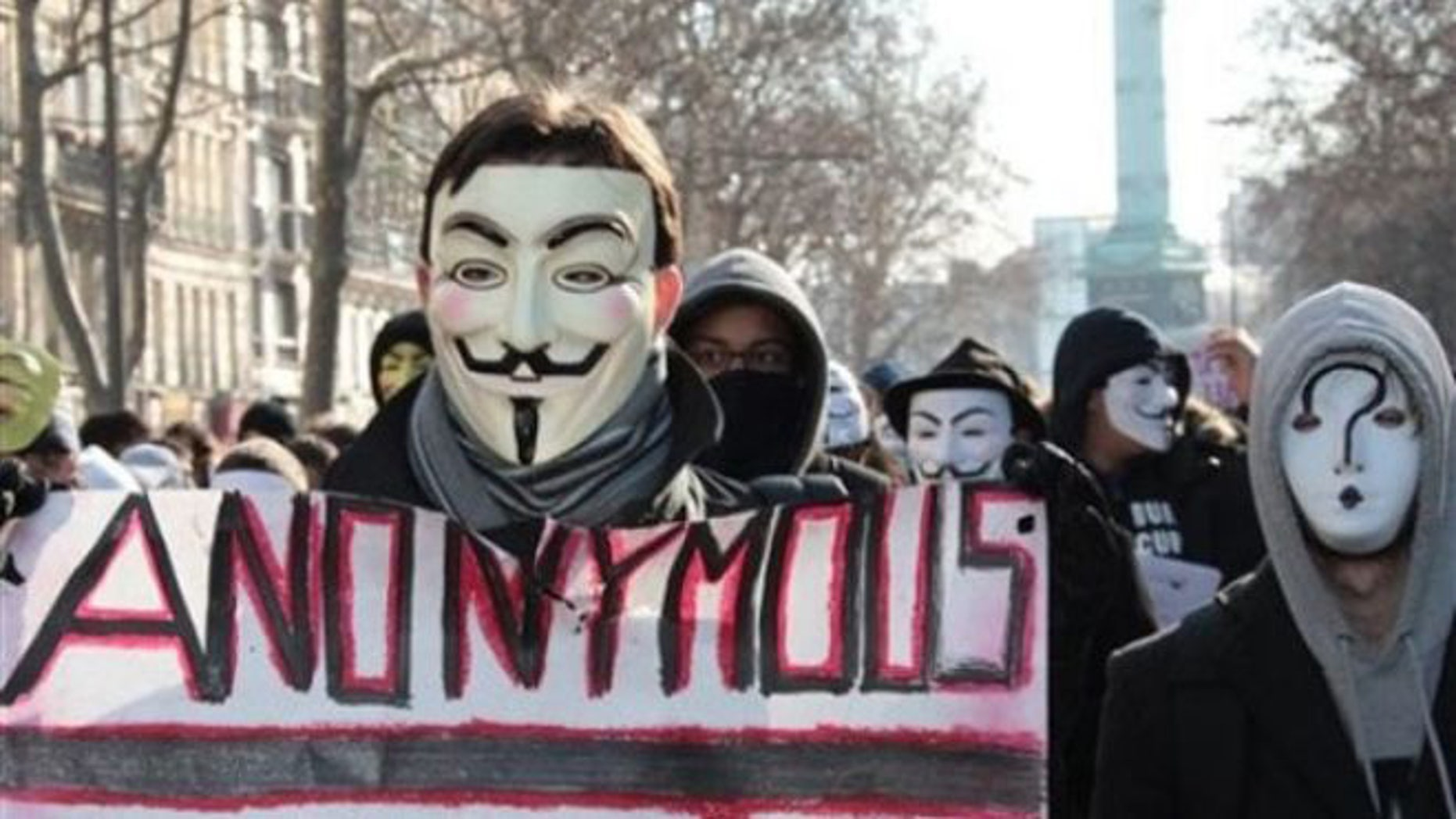 Anonymous leaks the credentials of 4,000 bank executives during the Super Bowl.