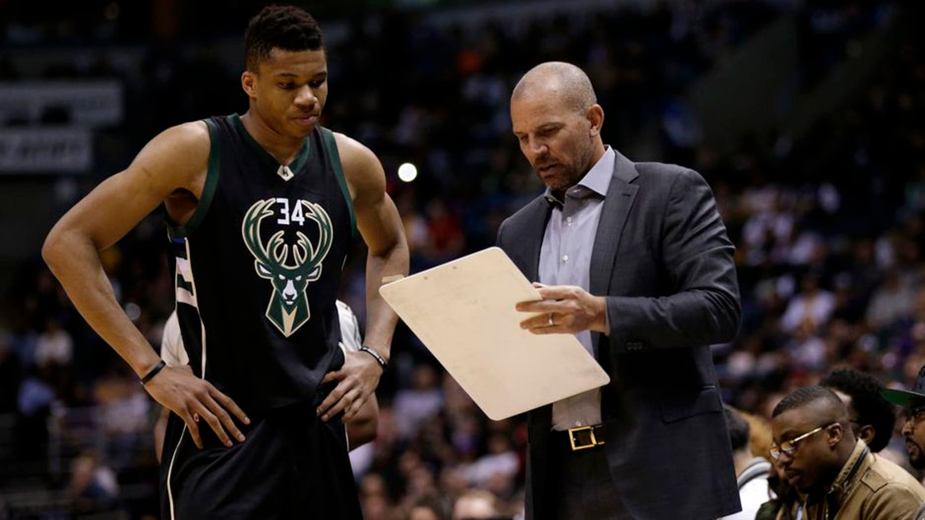 MILWAUKEE, WI - FEBRUARY 22: Head Coach Jason Kidd of the Milwaukee Bucks talks to Giannis Antetokounmpo #34 on the sidelines during the game against the Los Angeles Lakers at BMO Harris Bradley Center on February 22, 2016 in Milwaukee, Wisconsin. NOTE TO USER: User expressly acknowledges and agrees that, by downloading and or using this photograph, User is consenting to the terms and conditions of the Getty Images License Agreement. (Photo by Mike McGinnis/Getty Images)