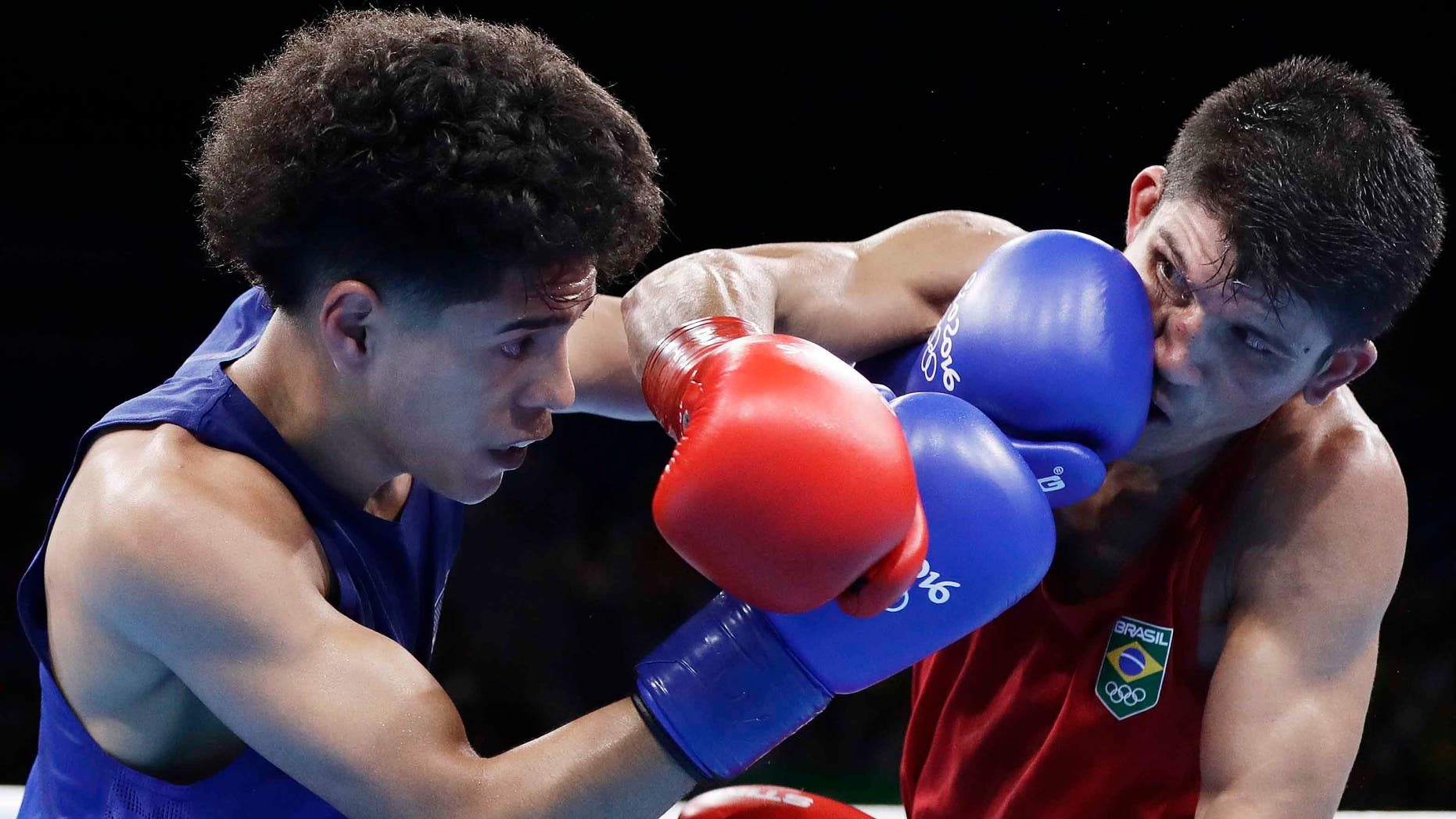 Antonio Vargas, left, during boxing match at the 2016 Summer Olympics in Rio de Janeiro, Brazil, Saturday, Aug. 13, 2016.