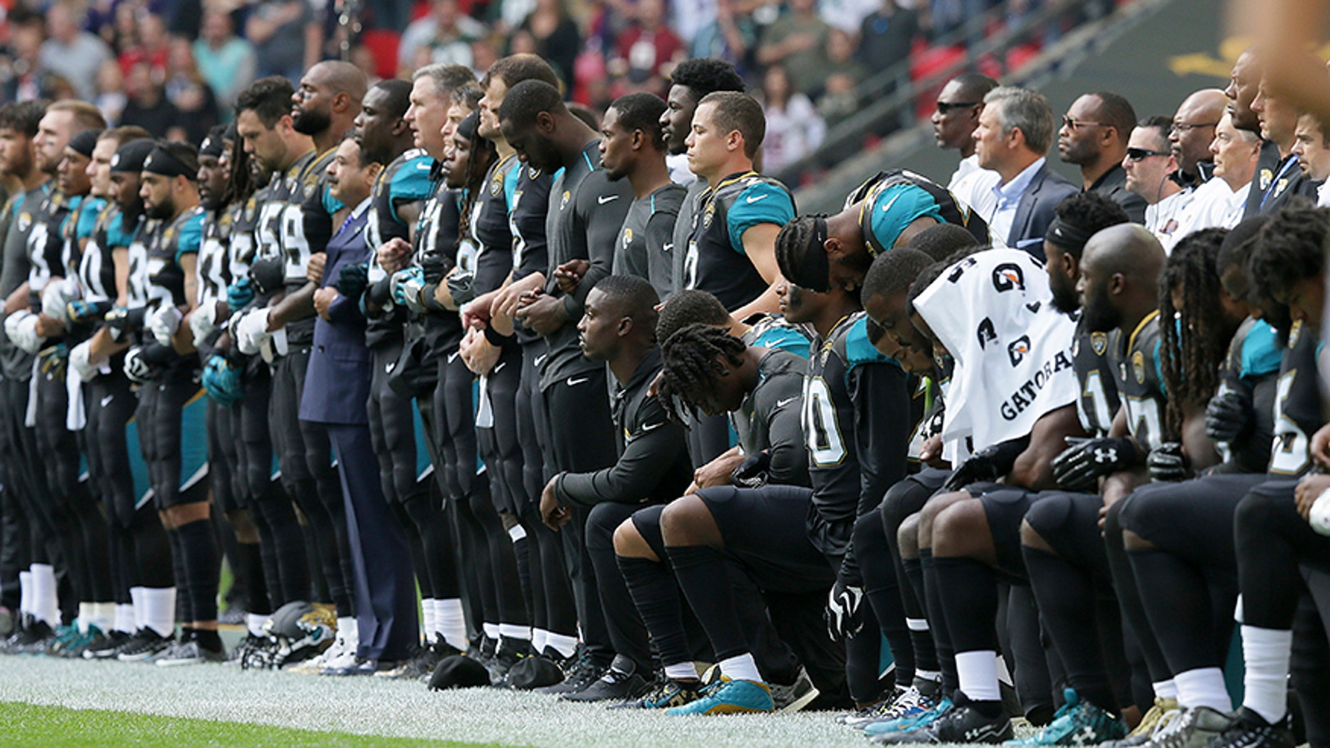 The Jacksonville Jaguars have apologized to military leaders for demonstrating during the national anthem in London last month.
