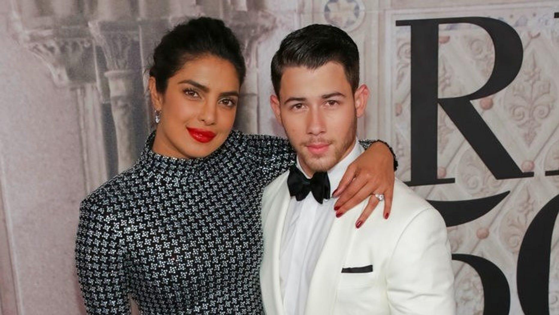 Priyanka Chopra and fiance Nick Jonas recreated pal Meghan Markle and Prince Harry's engagement photo.