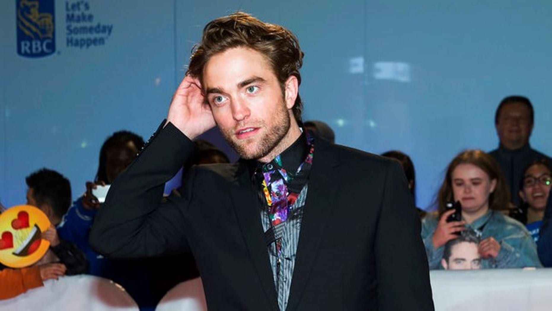 """Robert Pattinson said said he's ready to reprise his role as vampire Edward Cullen in the """"Twilight"""" franchise."""