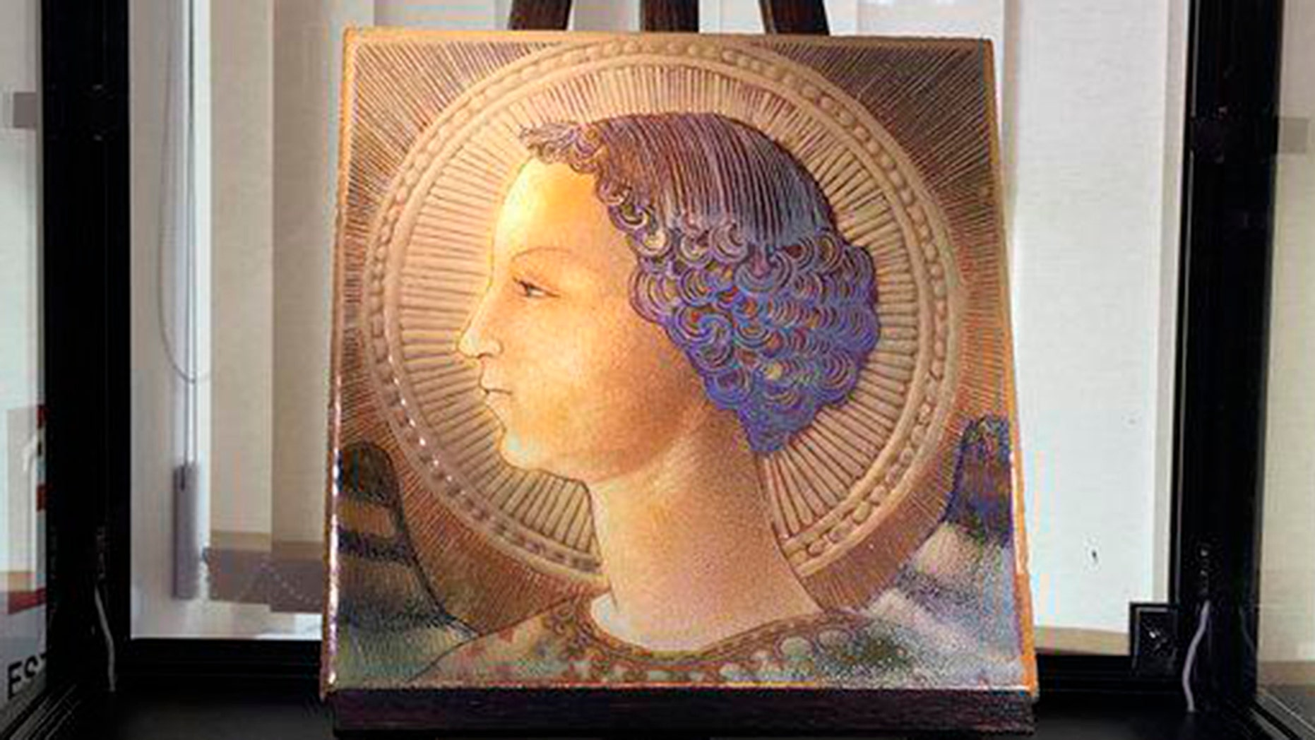Experts in Italy believe that the work portraying the Archangel Gabriel is a self-portrait of Leonardo da Vinci and the famous artist's earliest surviving work.