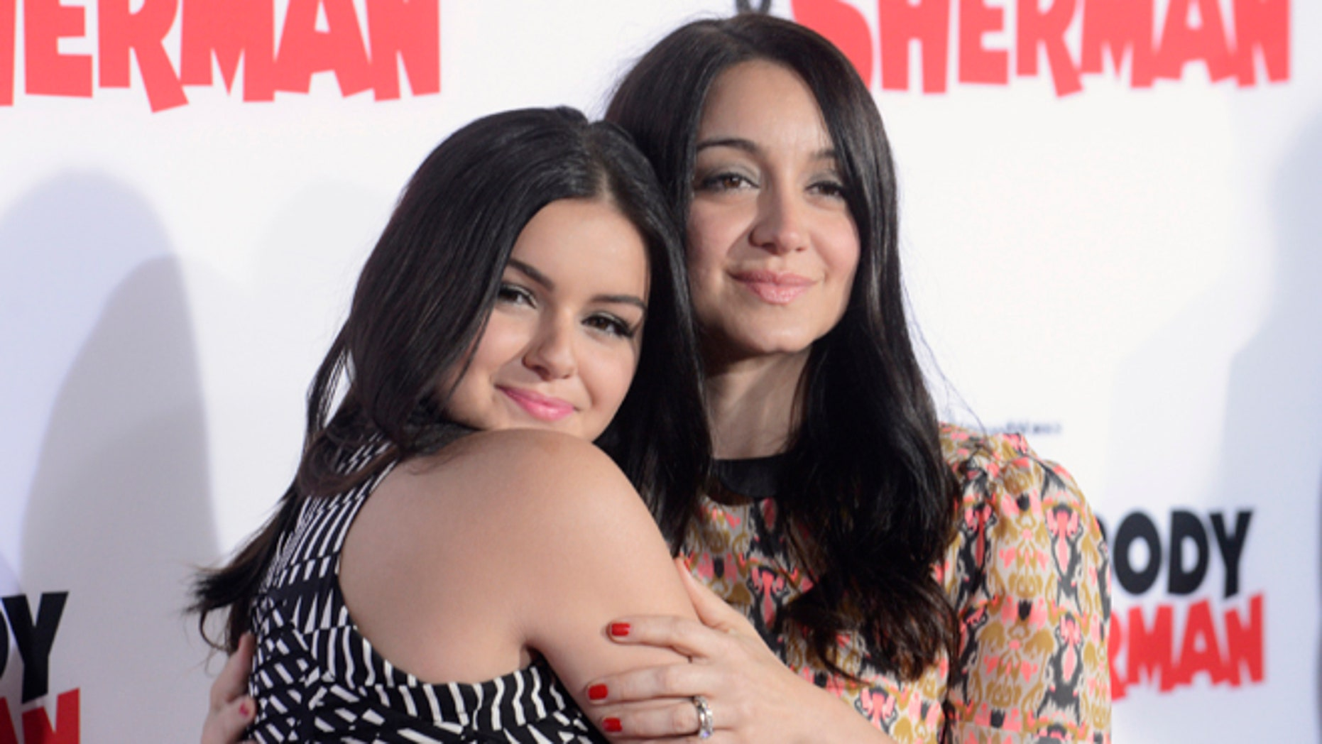Ariel Winter and older sister Shanelle Gray want nothing to do with their mother.