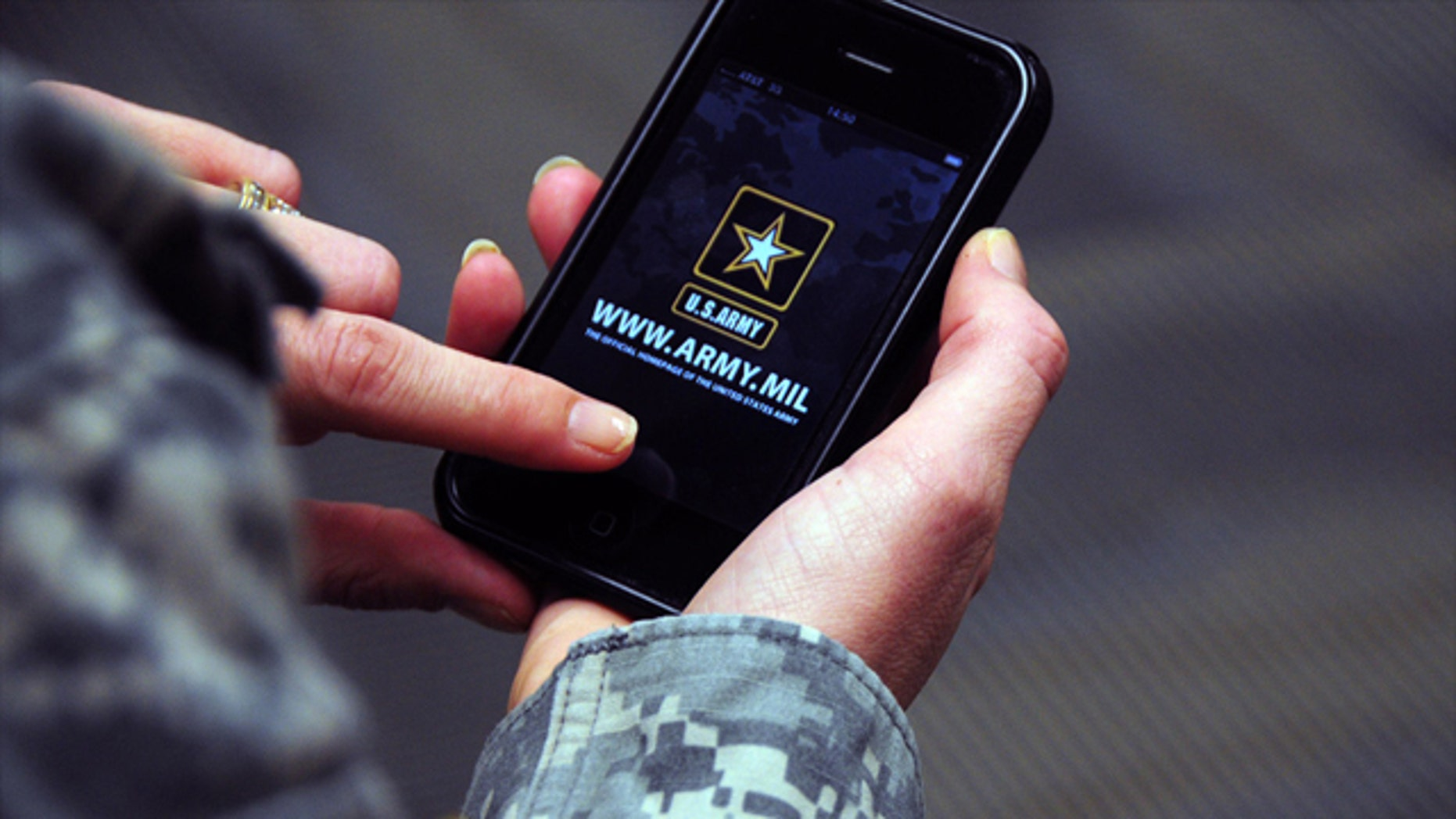 The smartphone is becoming integral for the modern U.S. soldier.
