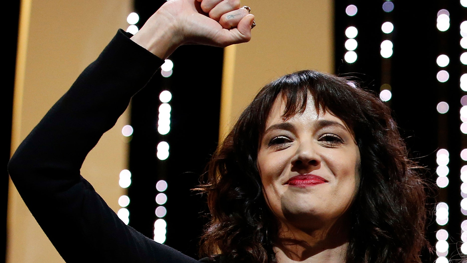 Asia Argento gave a speech calling out Harvey Weinstein at the Cannes Closing Ceremony.
