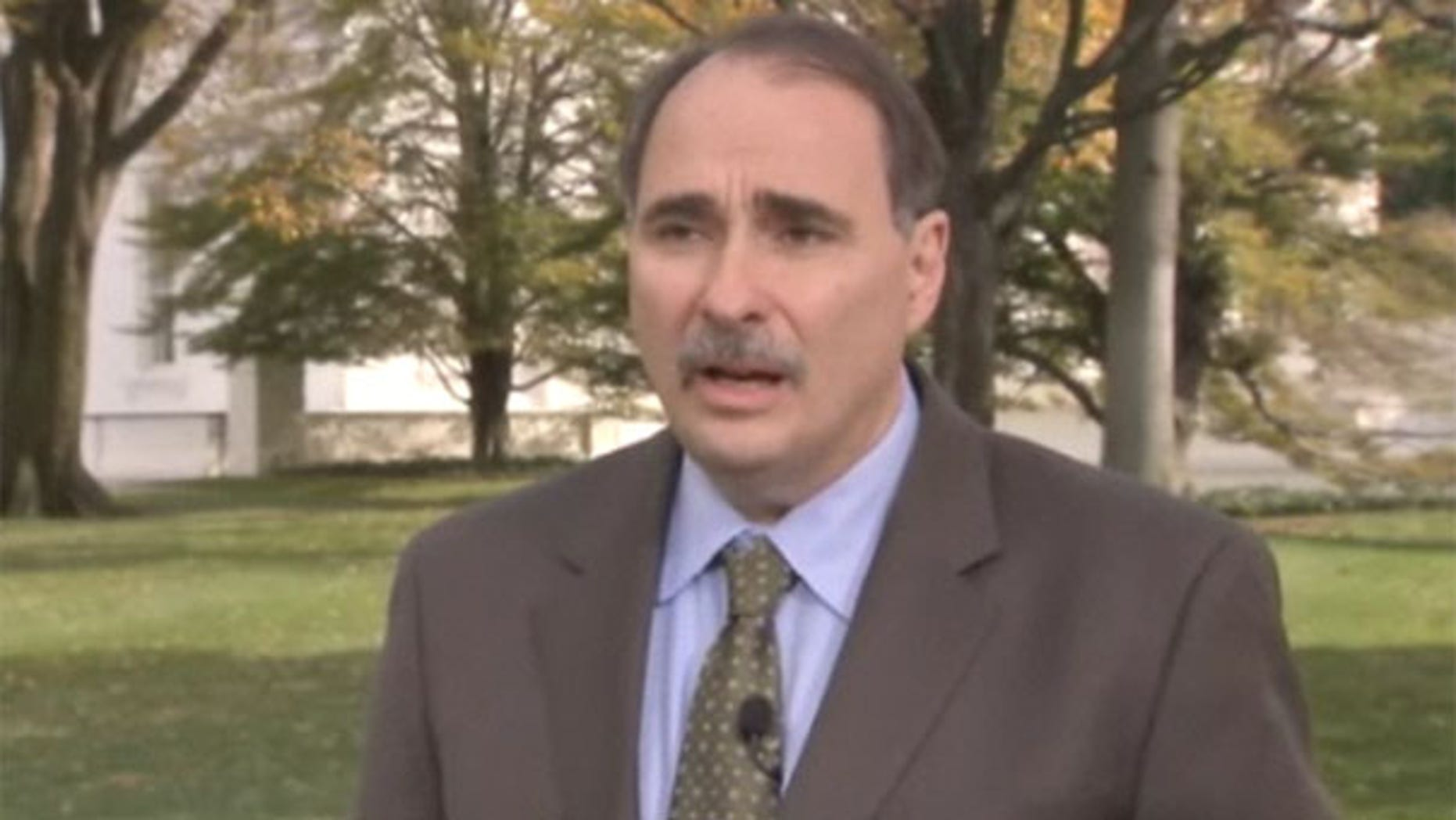 White House senior adviser David Axelrod said reaching youth and independent voters in 2010 will allow Democrats to continue the president's agenda in Congress (FNC).