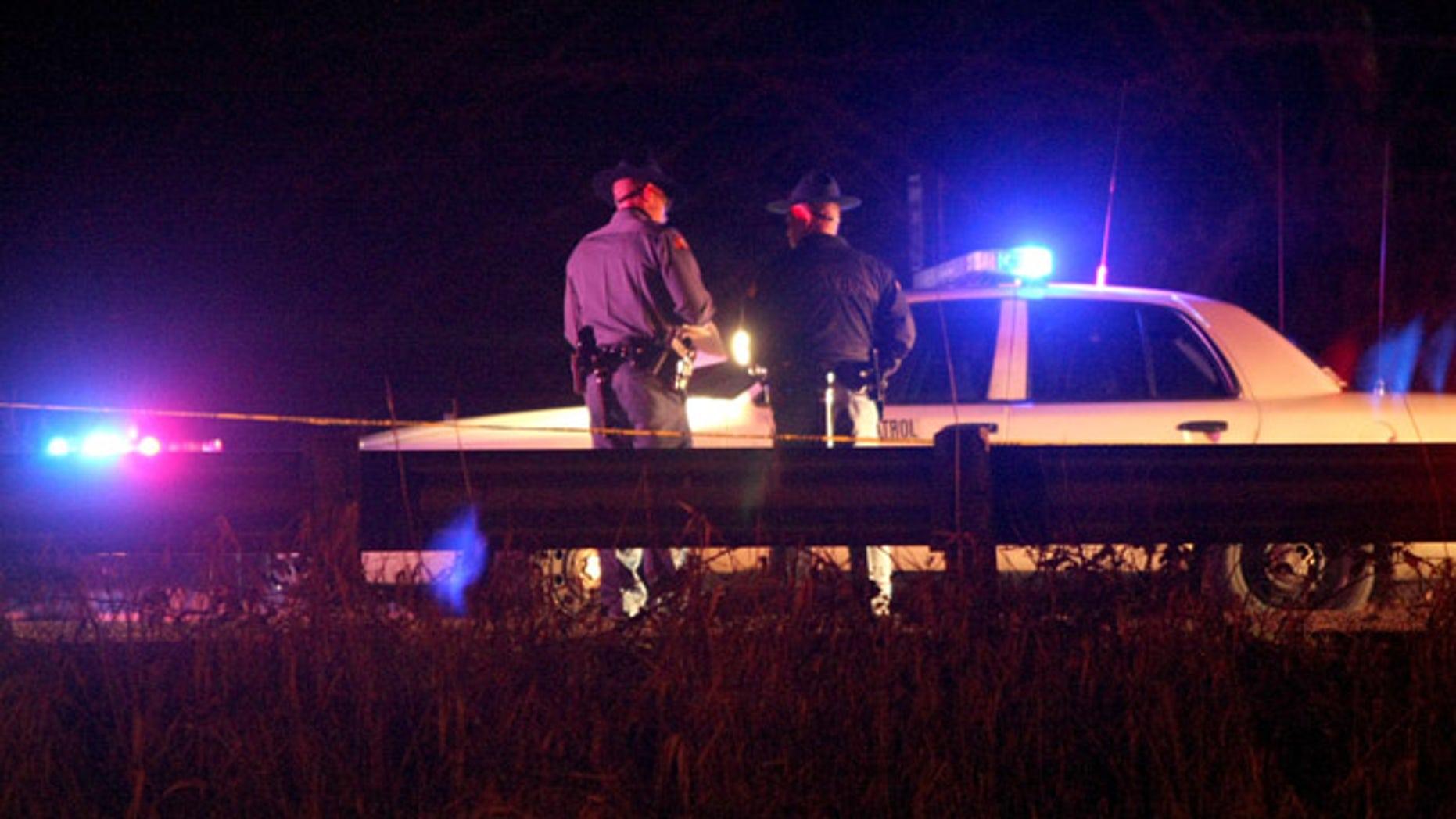 Suspect in Washington trooper death shoots self, dies | Fox News