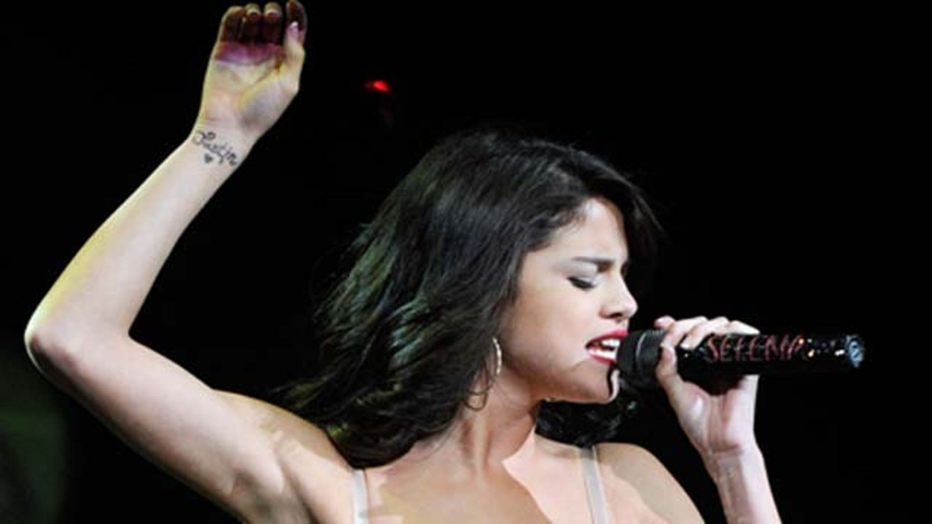 Singer Selena Gomez performs at the Mandalay Bay Events Center September 10, 2011 in Las Vegas, Nevada.