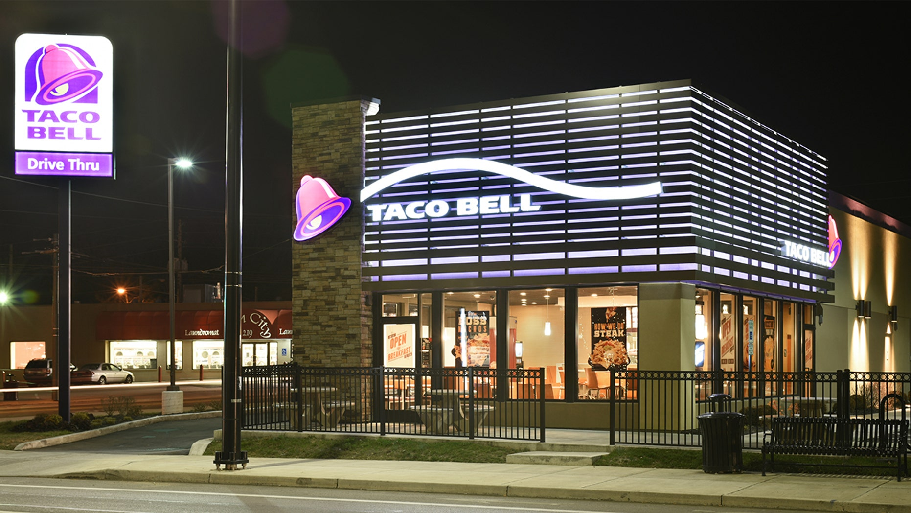A Taco Bell employee in Florida has been fired after refusing to serve a customer who wouldn't order in Spanish.