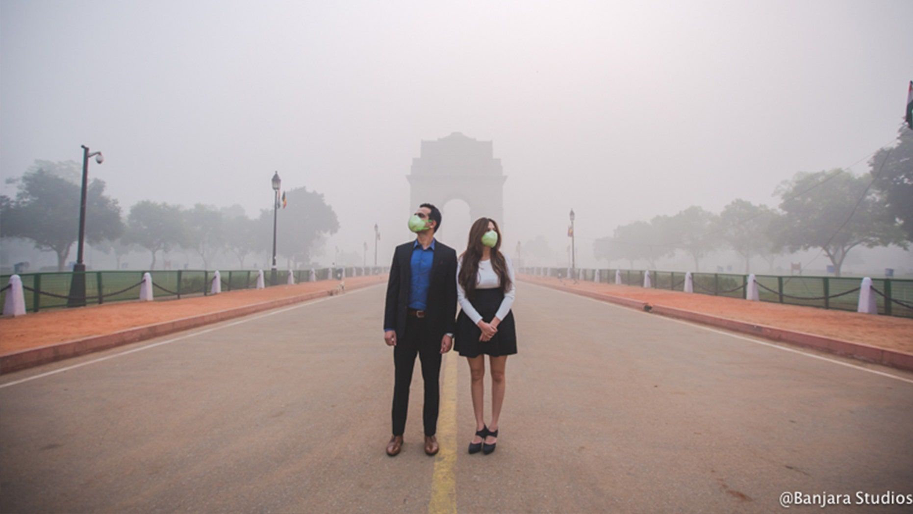 The real-life coupled agreed to a creative photographer's big idea.