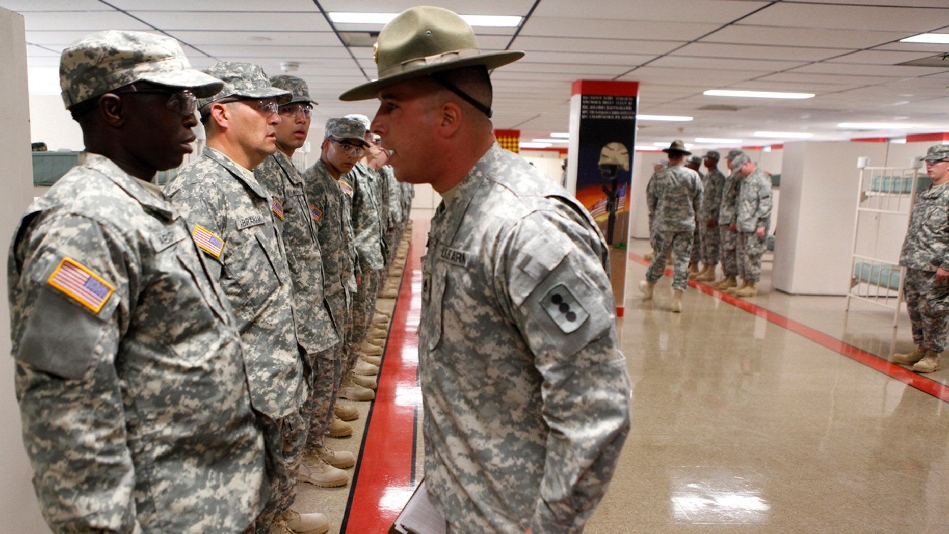 Basic Training Photos >> Army Mulls Tougher Basic Training For Out Of Shape Undisciplined