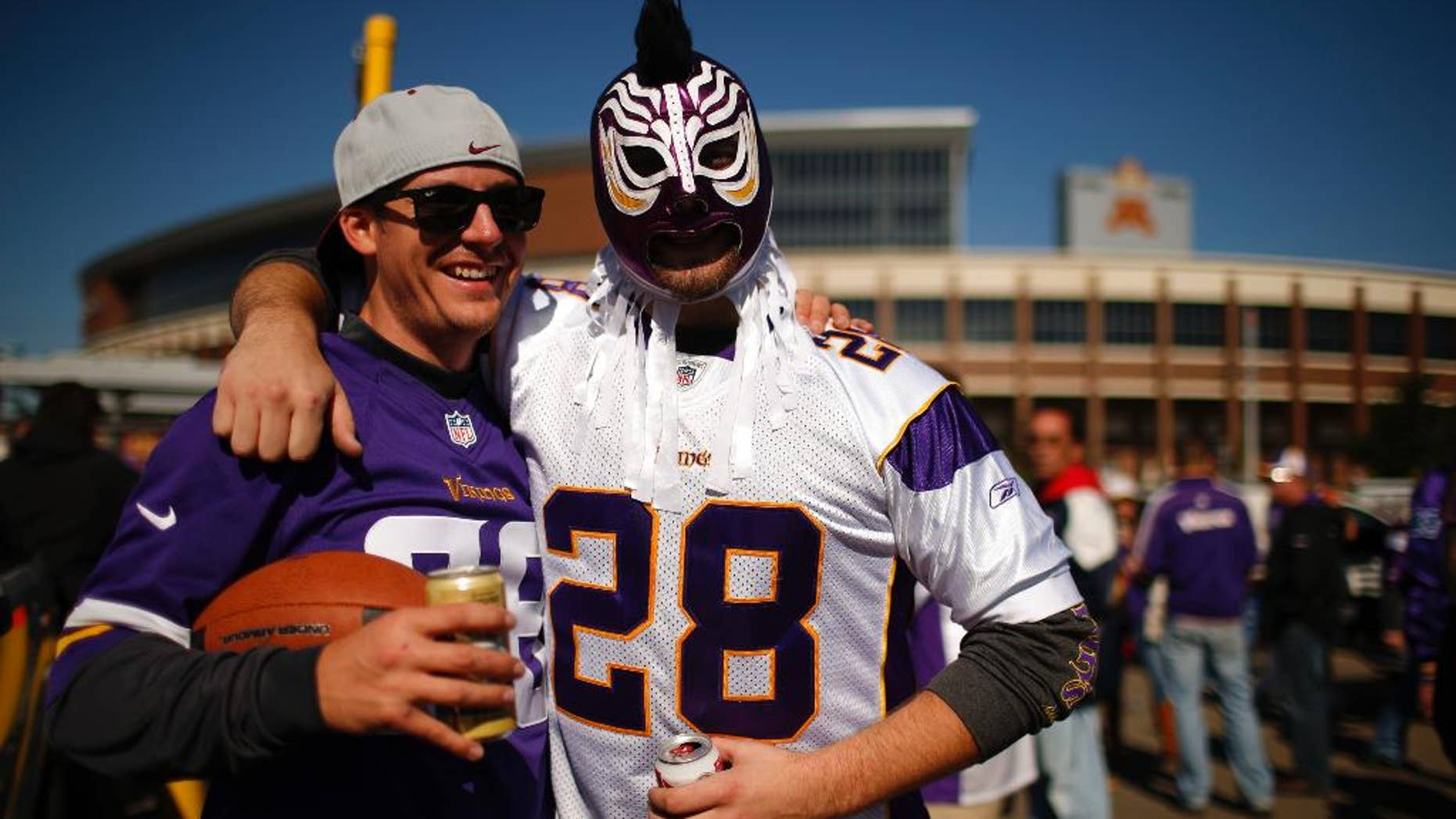 At Minnesota Vikings game, some fan views on Adrian Peterson abuse