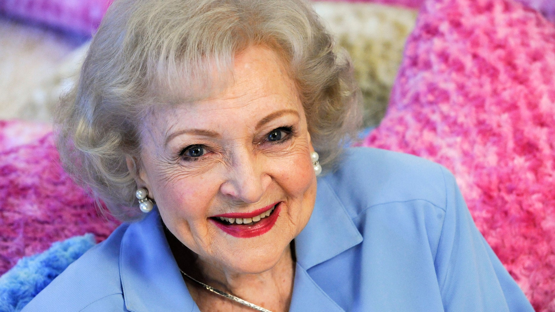 Actress Betty White poses for a photograph in Los Angeles, California May 26, 2010.
