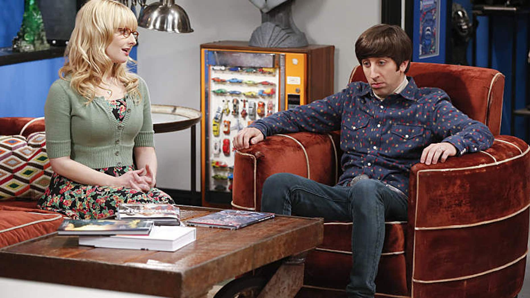 """Image features """"The Big Bang Theory"""" actors Simon Helberg and Melissa Rauch."""