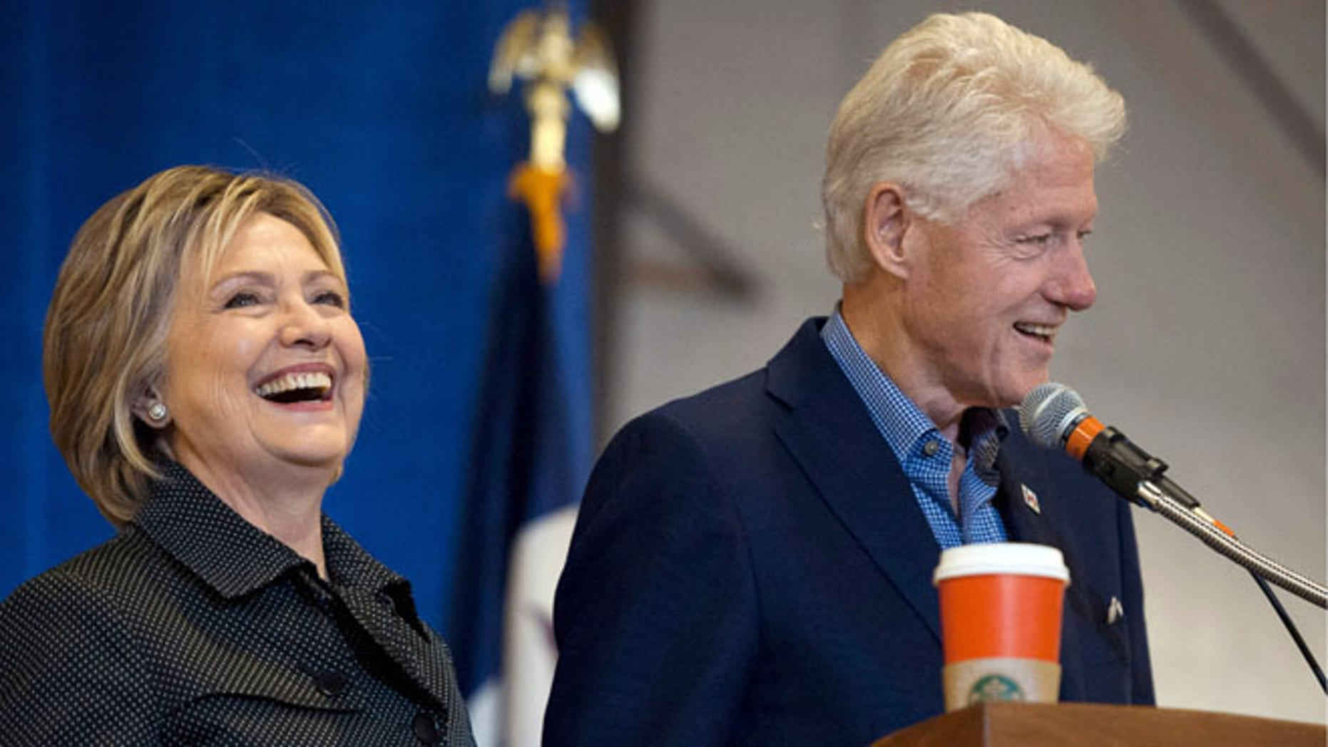 FILE: Nov. 15, 2015: Former U.S. President Clinton with wife Democratic presidential candidate Hillary Clinton at a barbecue in Ames, Iowa. (REUTERS)