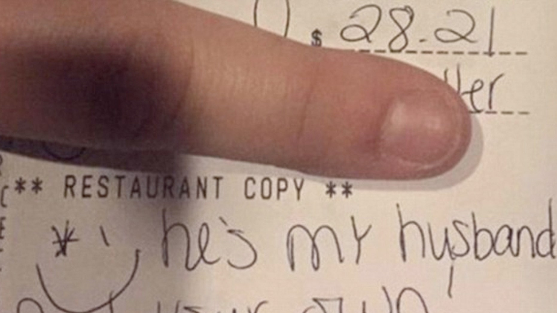 Ohio server posts rant on Facebook about customer who left no tip after accusing her of trying to steal her husband.