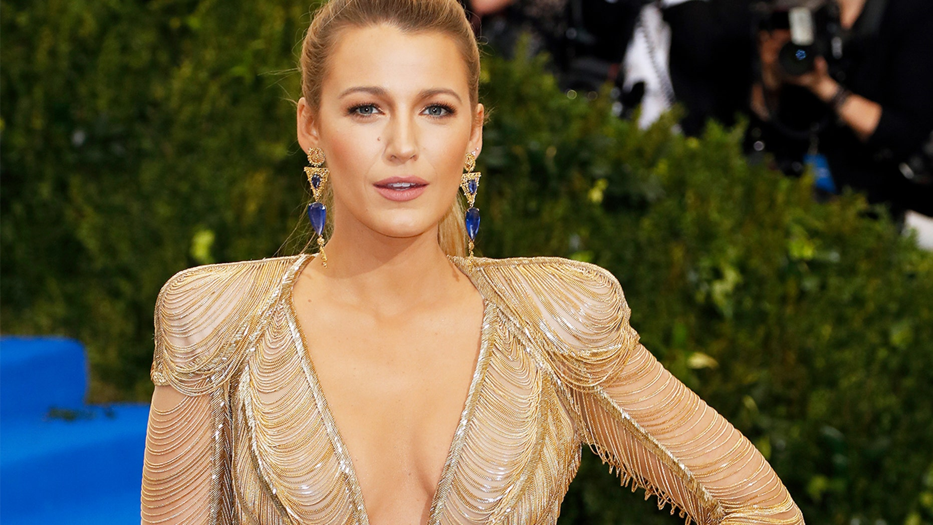 Blake Lively's hand injury leads to the production shut down of her new film.