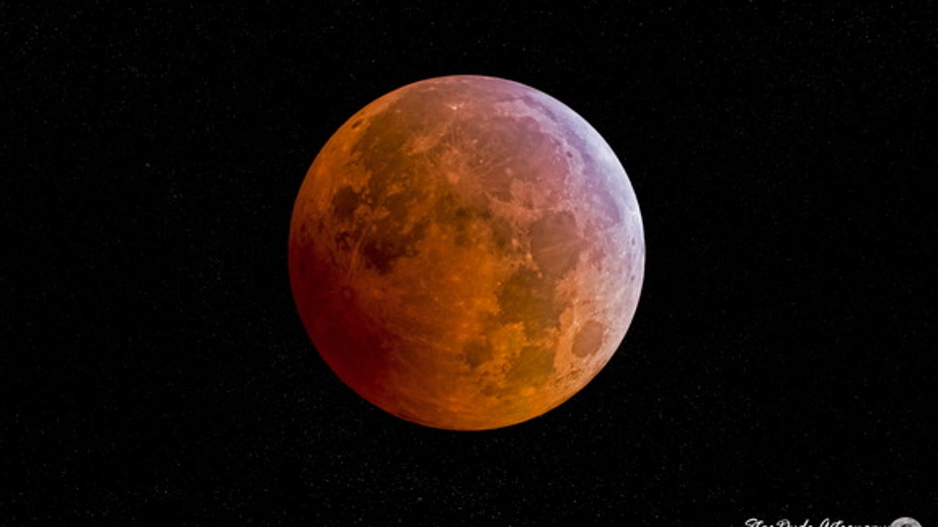Astrophotographer Maxwell Palau captured this view of a total lunar eclipse from San Diego, California, on Oct. 8, 2014.
