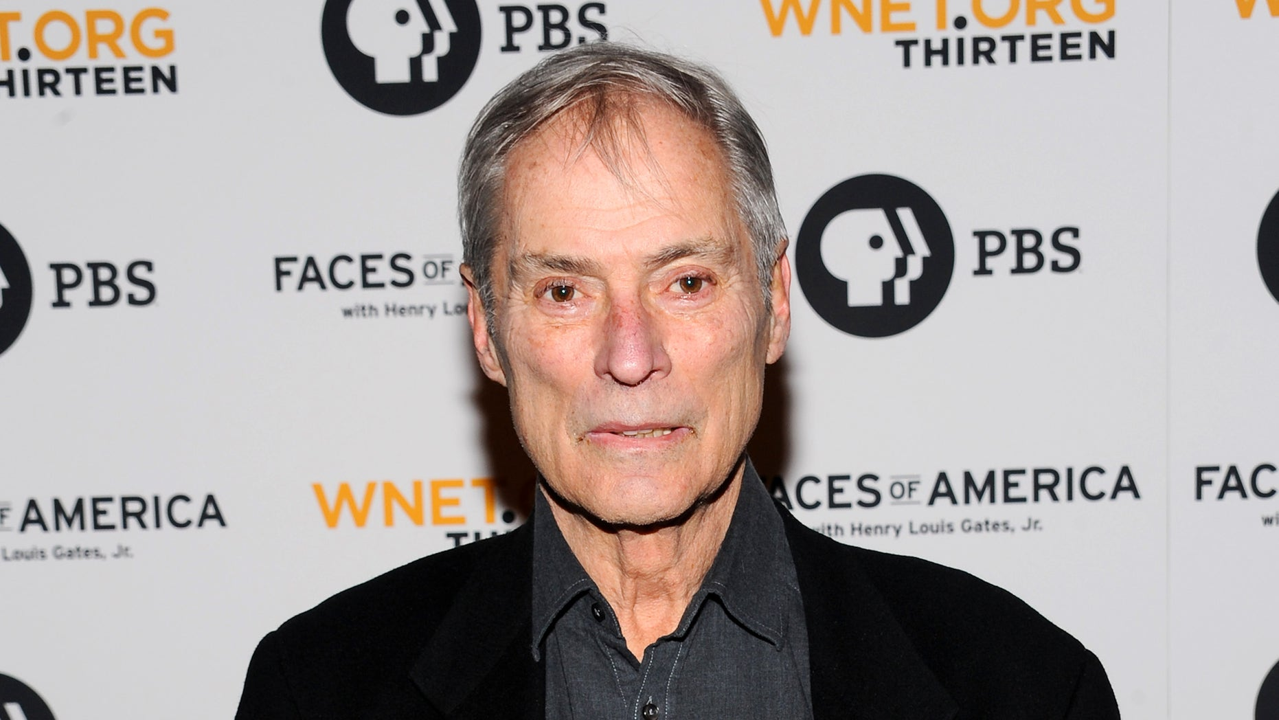 """Feb, 1, 2010. Bob Simon attends the premiere screening of  """"Faces of America With Dr. Henry Louis Gates Jr"""" in New York."""