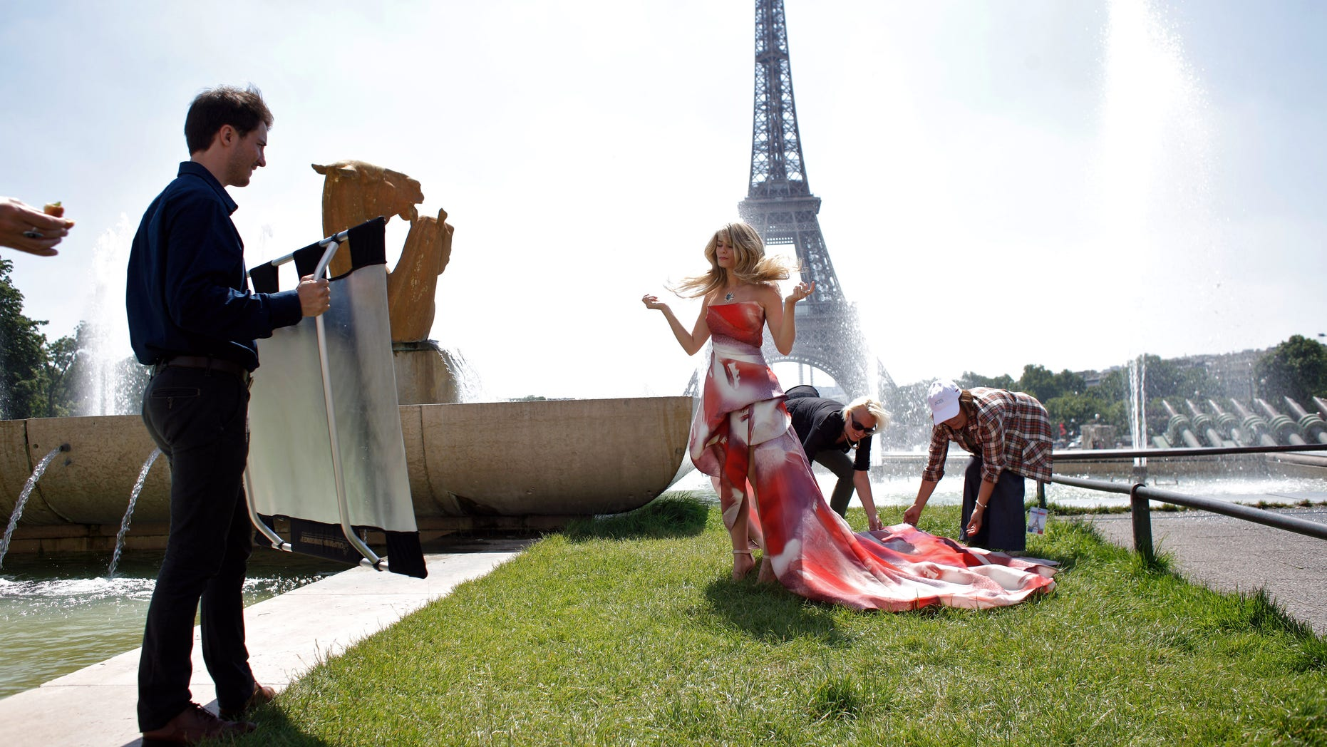 Bold Paris the bold and the beautiful' film at eiffel tower | fox news