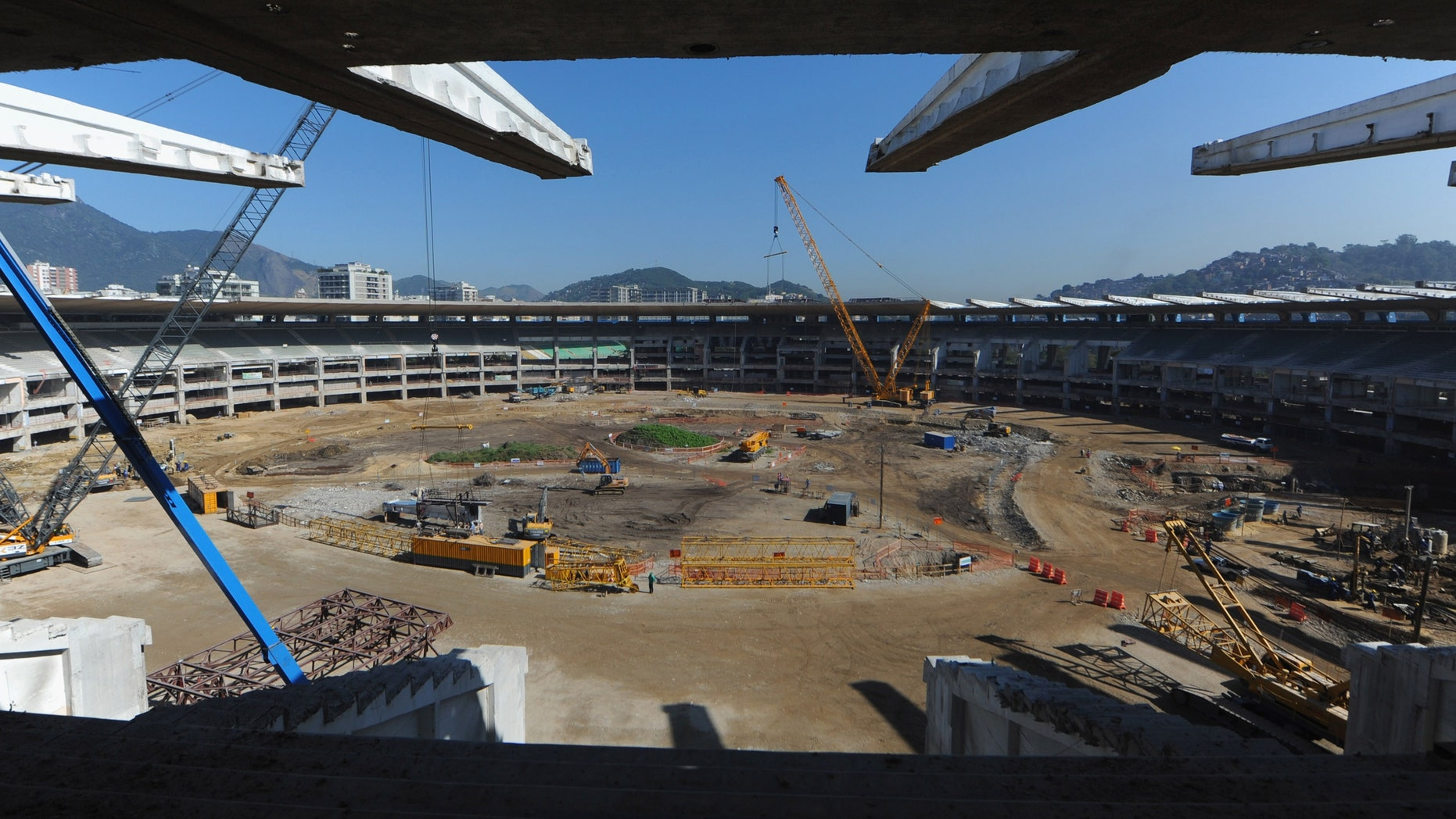 RIO DE JANEIRO, BRAZIL - JULY 27:  Building work continues at the Maracana Stadium ahead of the Preliminary Draw of the 2014 FIFA World Cup on July 27, 2011 in Rio de Janeiro, Brazil.  (Photo by Michael Regan/Getty Images)