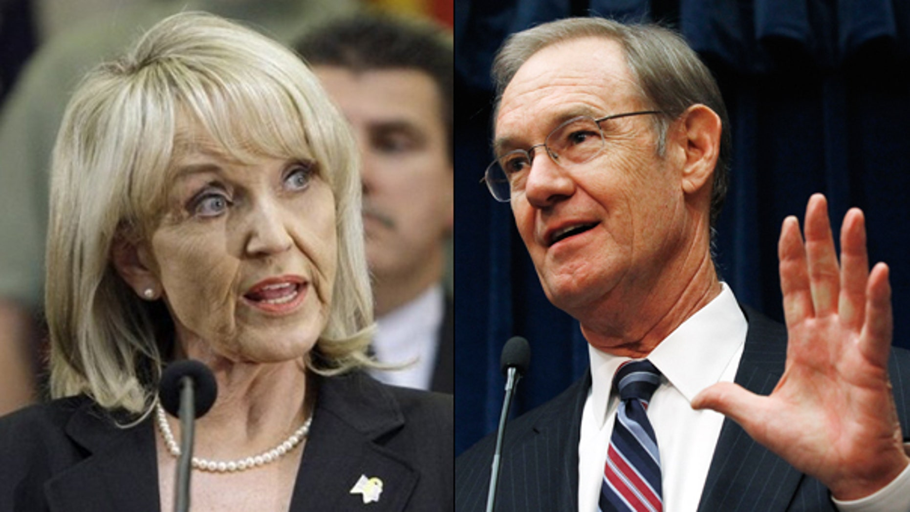 Gov. Jan Brewer has pushed aside Arizona Attorney General Terry Goddard in the state's defense of its new law clamping down on illegal immigrants. (AP)