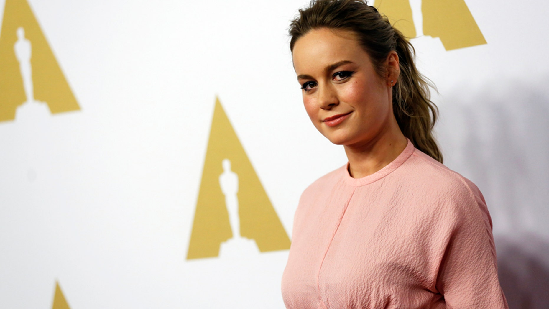 Actress Brie Larson arrives at the 88th Academy Awards nominees luncheon in Beverly Hills, California February 8, 2016.  REUTERS/Mario Anzuoni - RTX261YP