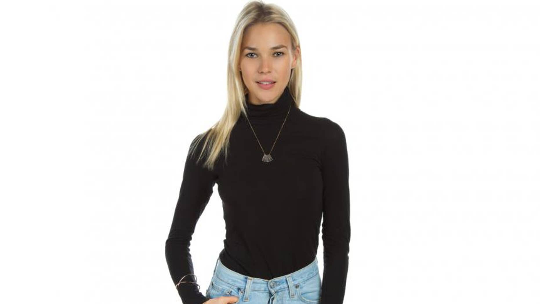 Nowadays she only wears turtlenecks. (Photo credit: FNM)