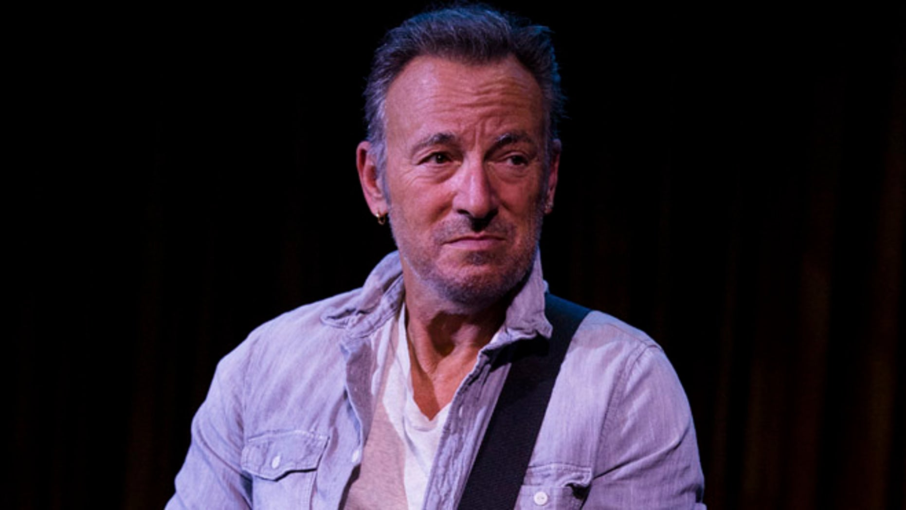 Bruce Springsteen took part in a two-hour jam session during a surprise appearance at a film festival in New Jersey
