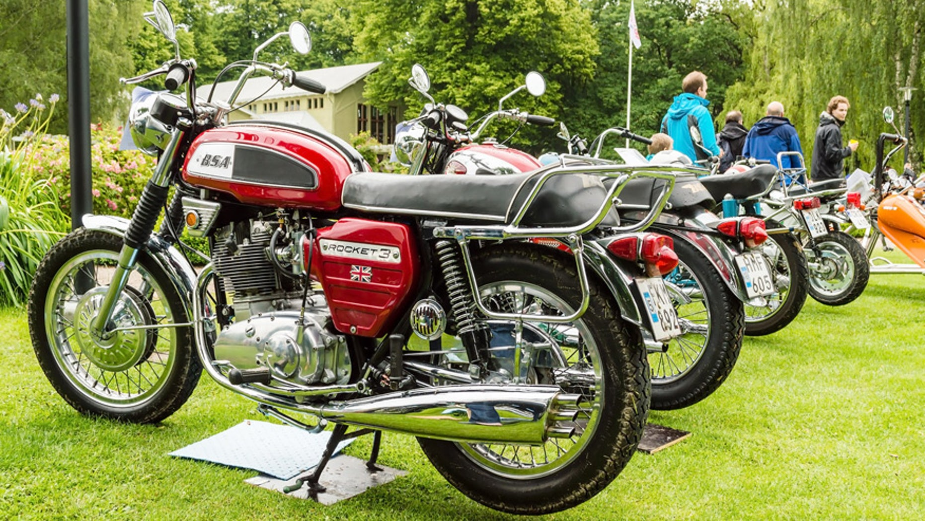 Bsa Motorcycles Back In Business Fox News