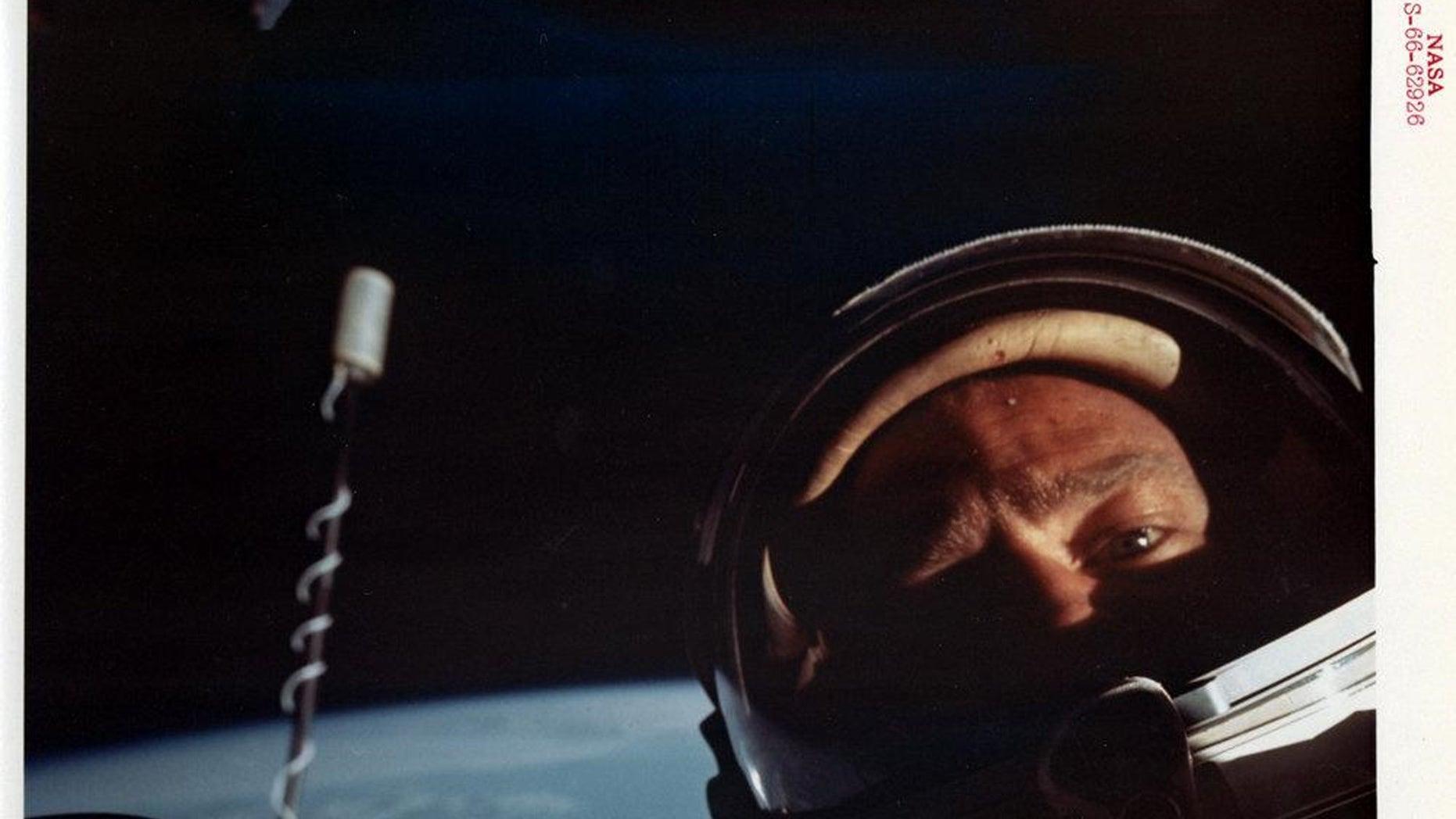 (Credit: Buzz Aldrin, NASA, Bloomsbury Auction)