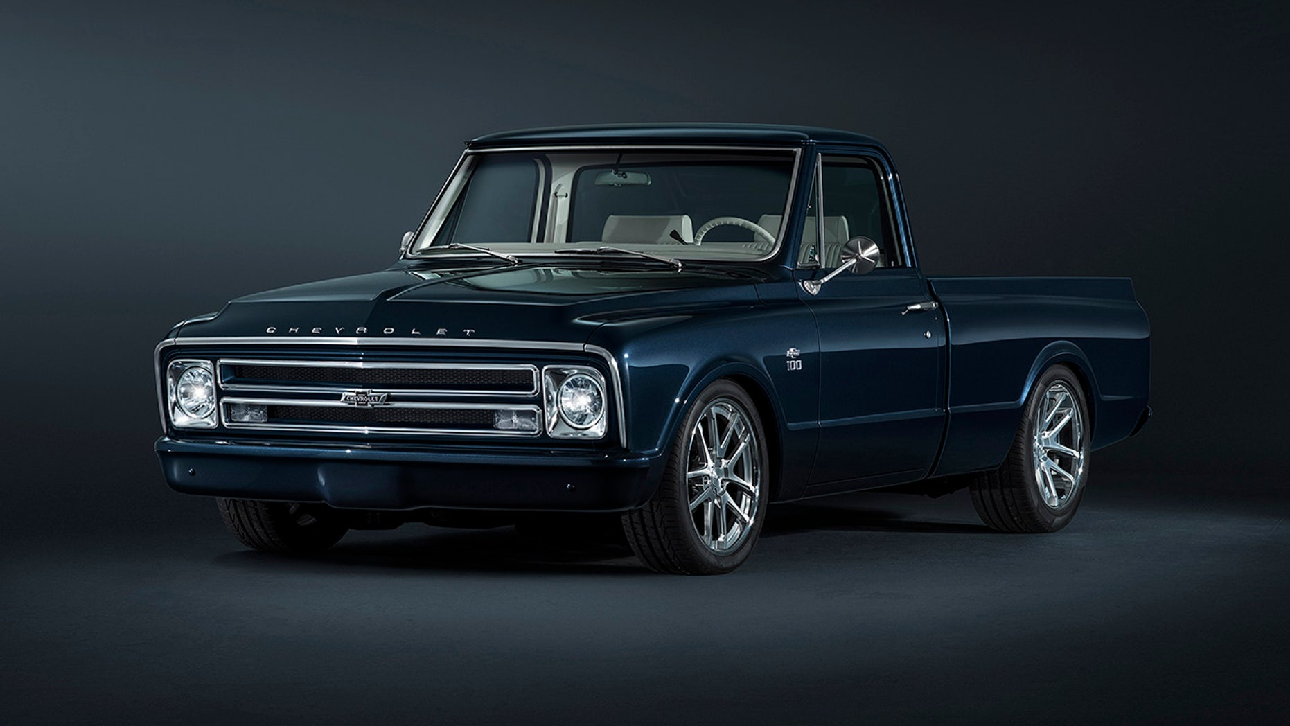 Chevy's custom 1967 C/10 pickup is a modernized classic ...