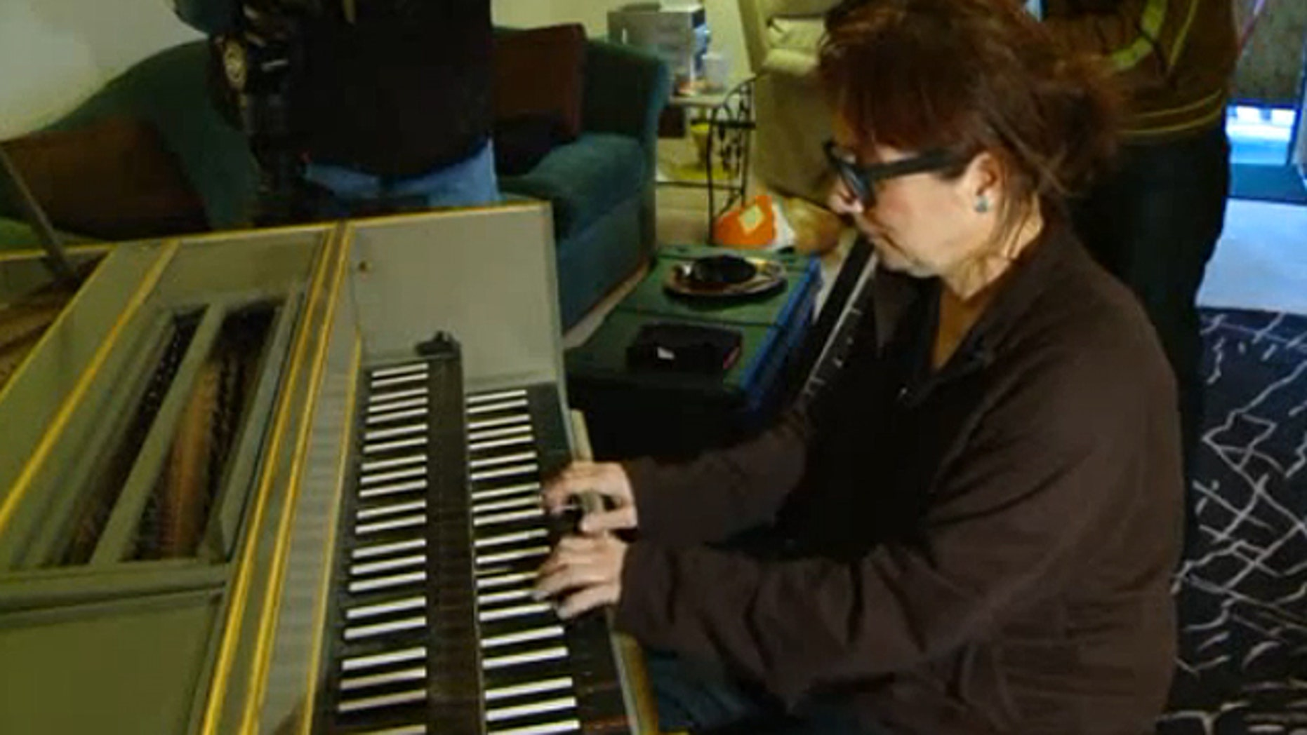 Barbara Cadranel, an internationally-renown harpsichordist living in Stratford, Conn., contacted the Connecticut Regional Office of the Anti-Defamation League earlier this month to report that she had been told by the California Condo Association to remove her mezuzah.