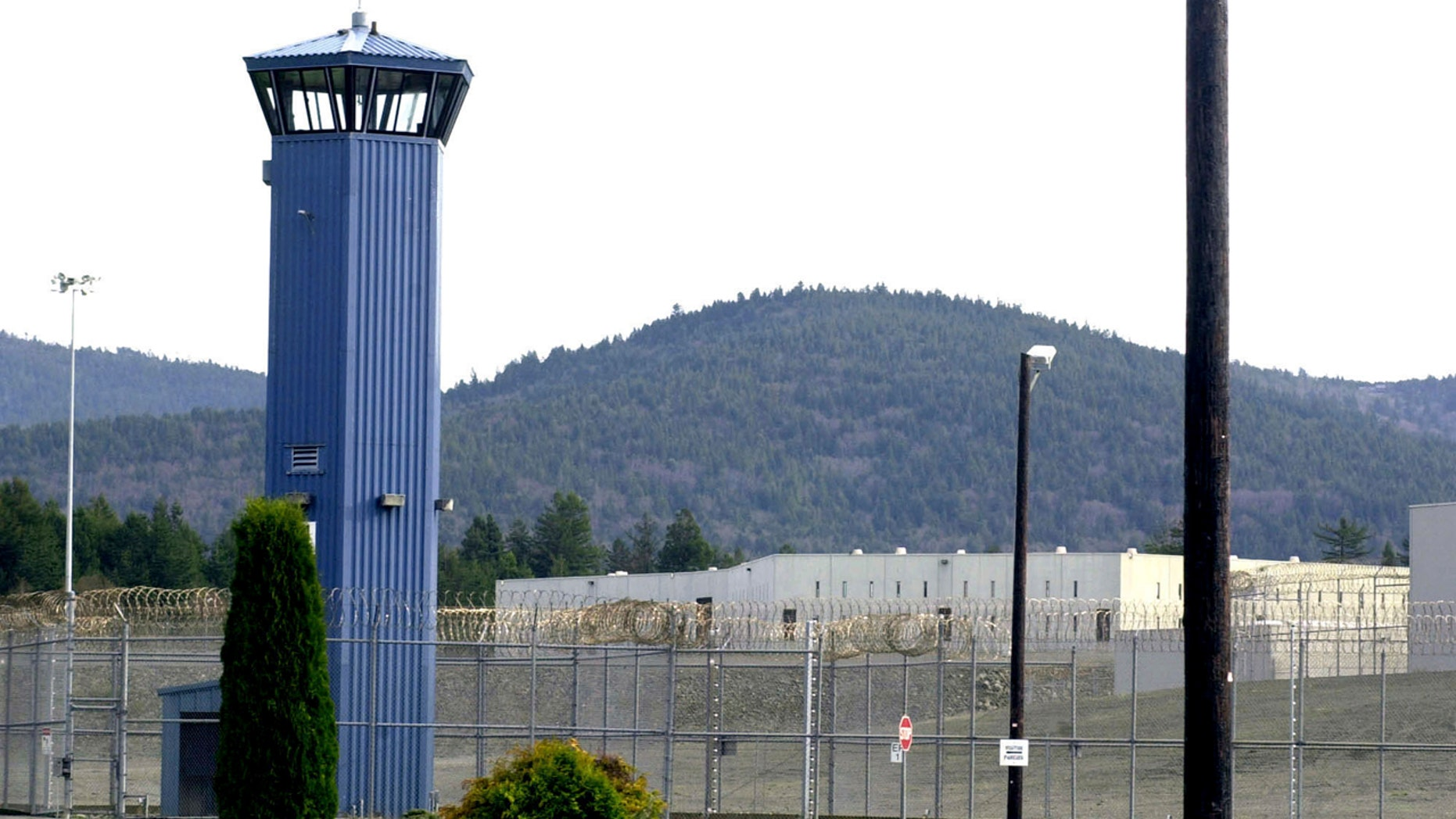 Pelican Bay State Prison riot: 5 inmates shot, 8 guards hospitalized