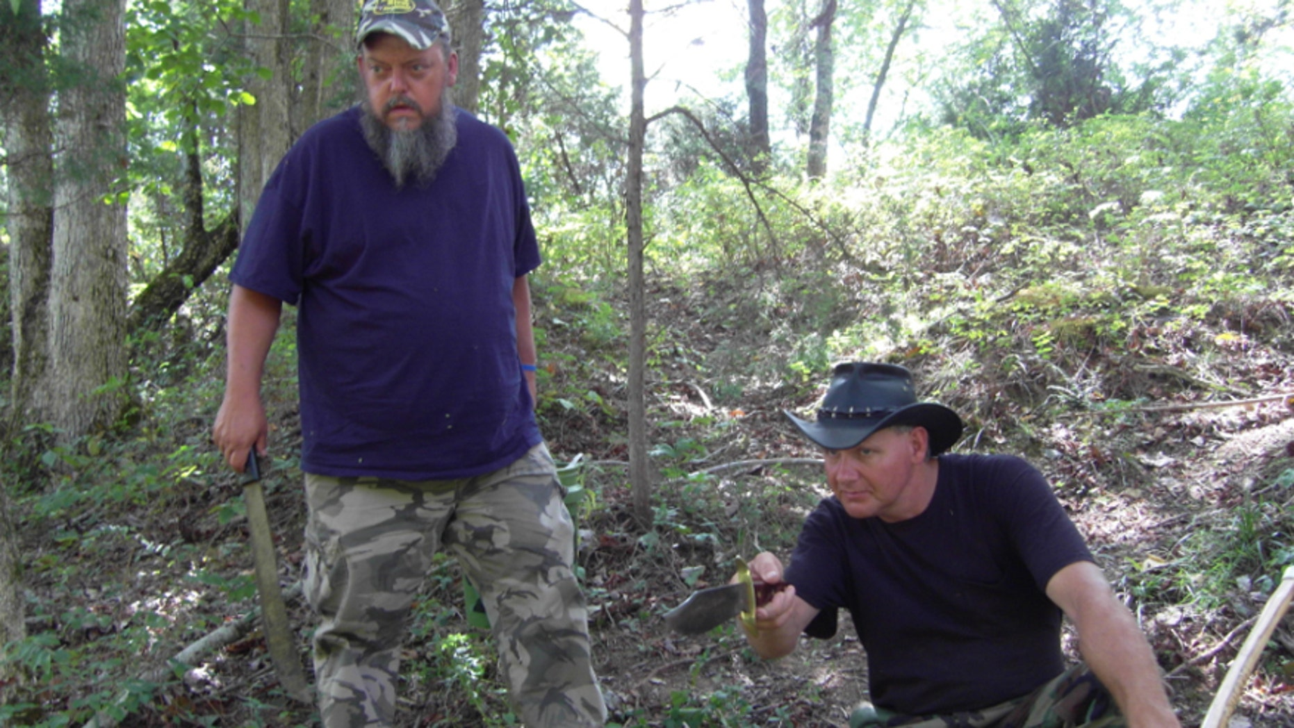 """Turtleman and Neal set out to investigate the alpaca farm on """"Call of the Wildman."""""""