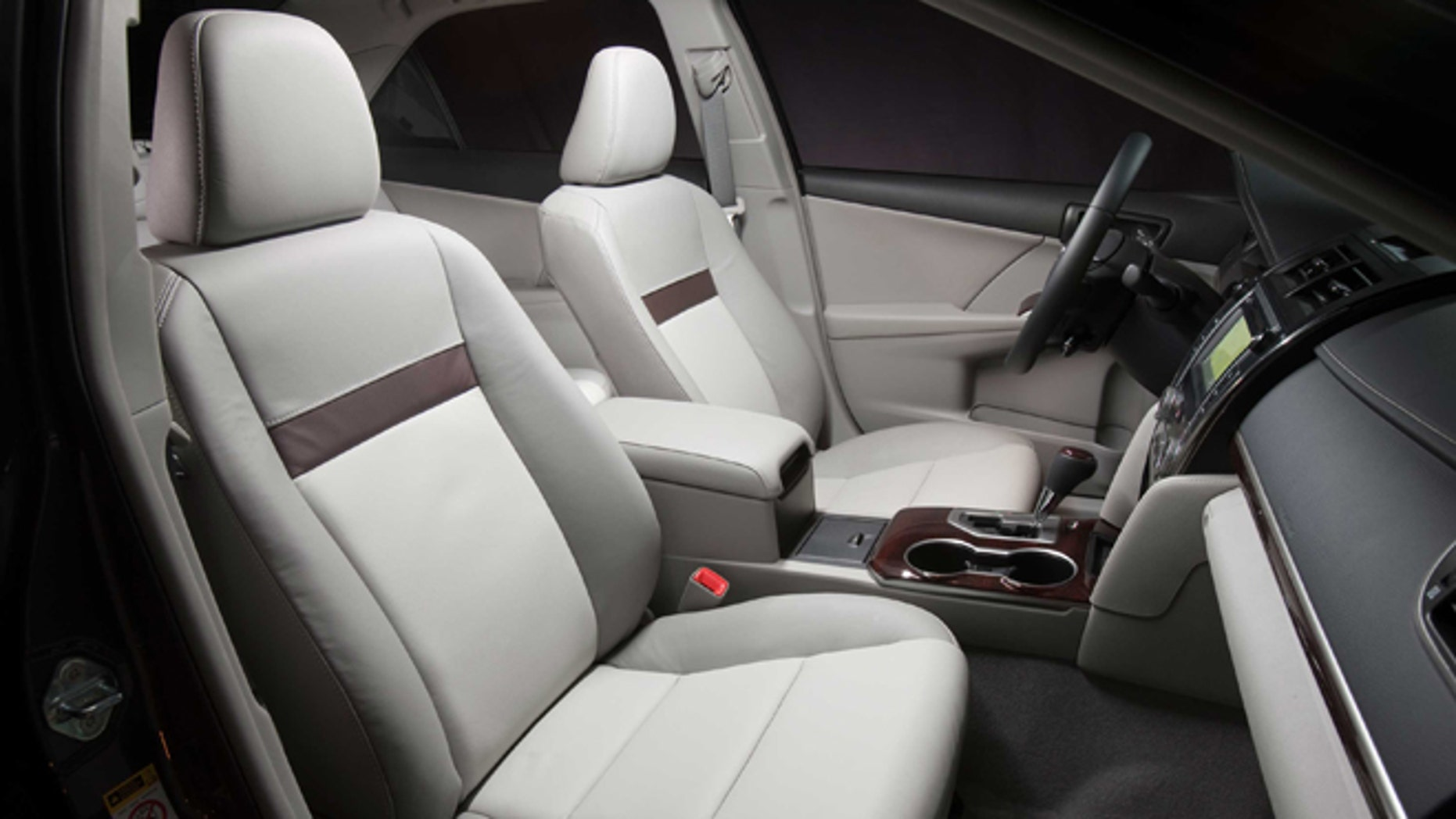 Toyota Camry XLE interior