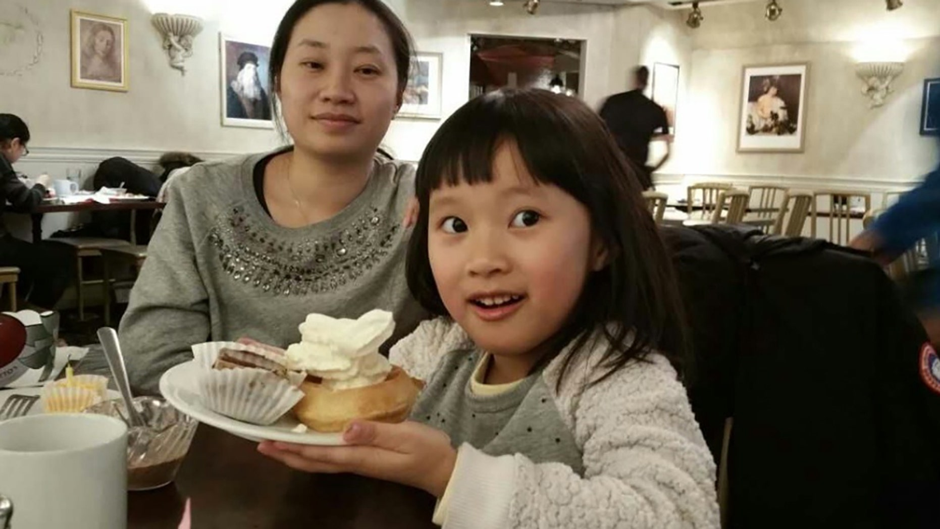 Canadian mother Tiffany Gong, 34, and her daughter Chloe, 5, died in an apparent drowning at an Ontario resort.